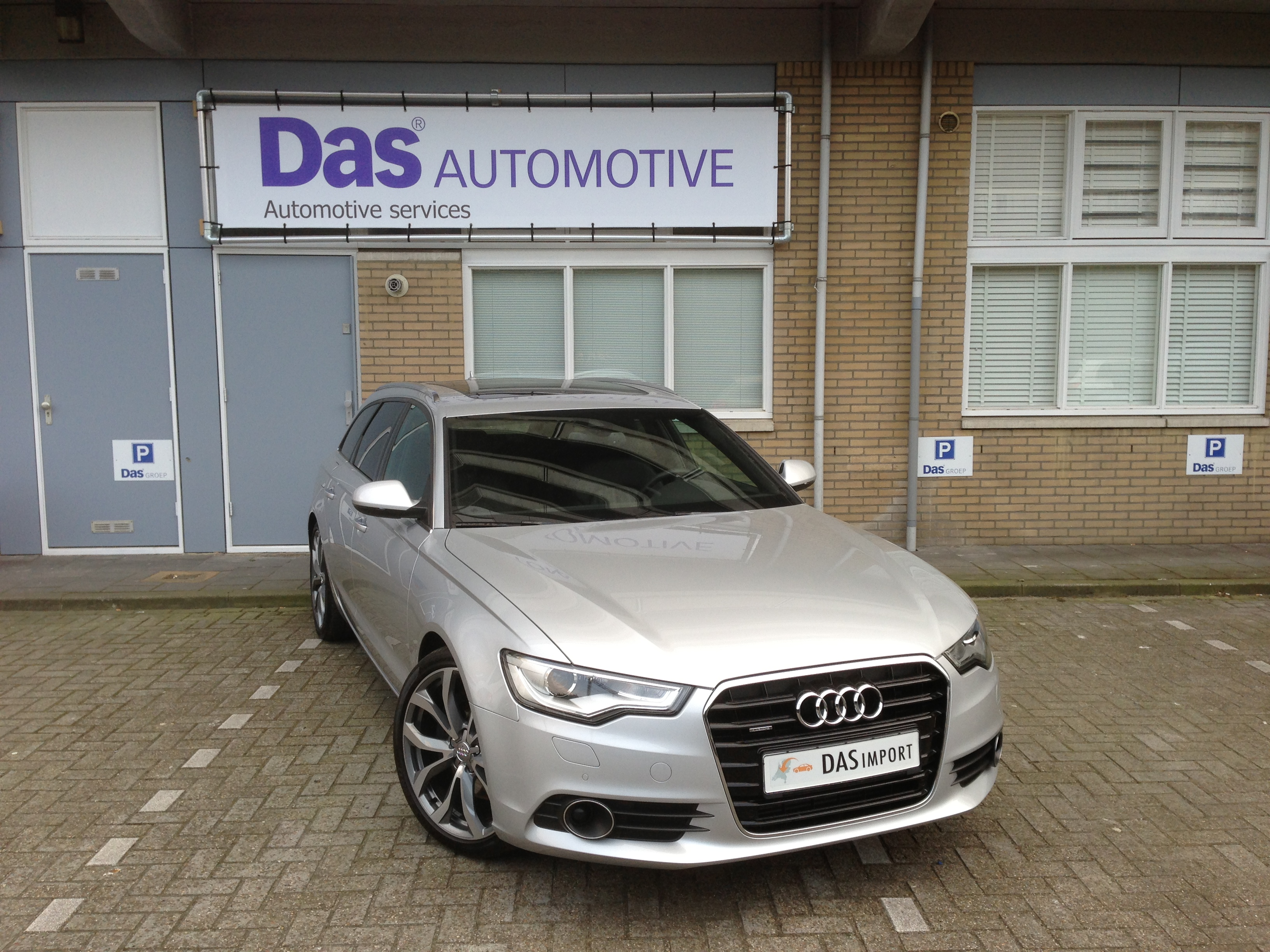 Importauto: Audi A6 Avant - 3.0 TDI quattro 2/2012