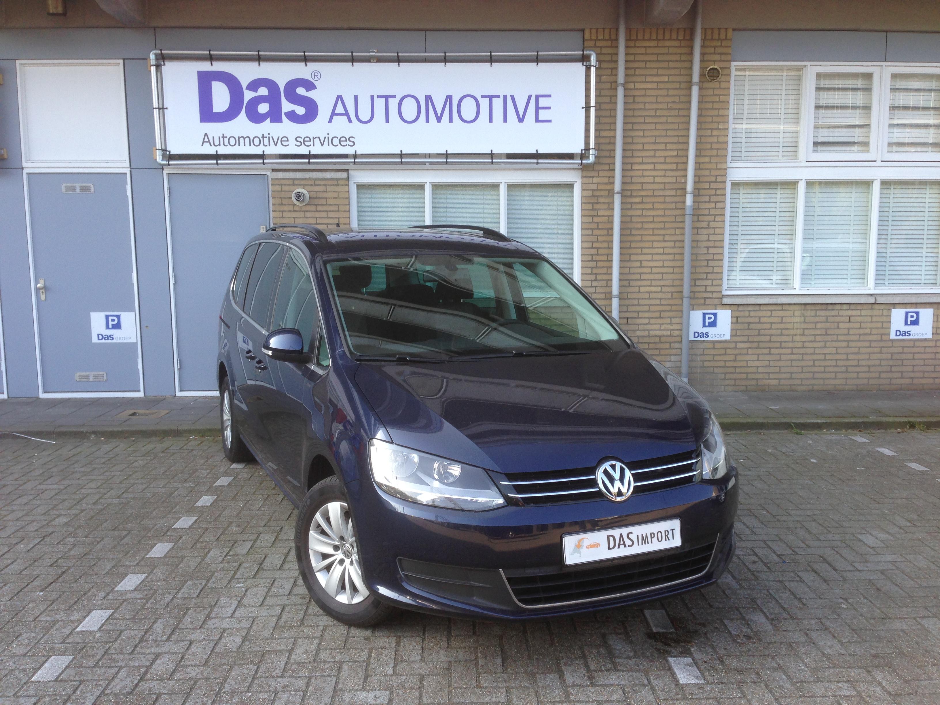 Importauto: Volkswagen Sharan - 2.0 TDI Comfortline 1/2011