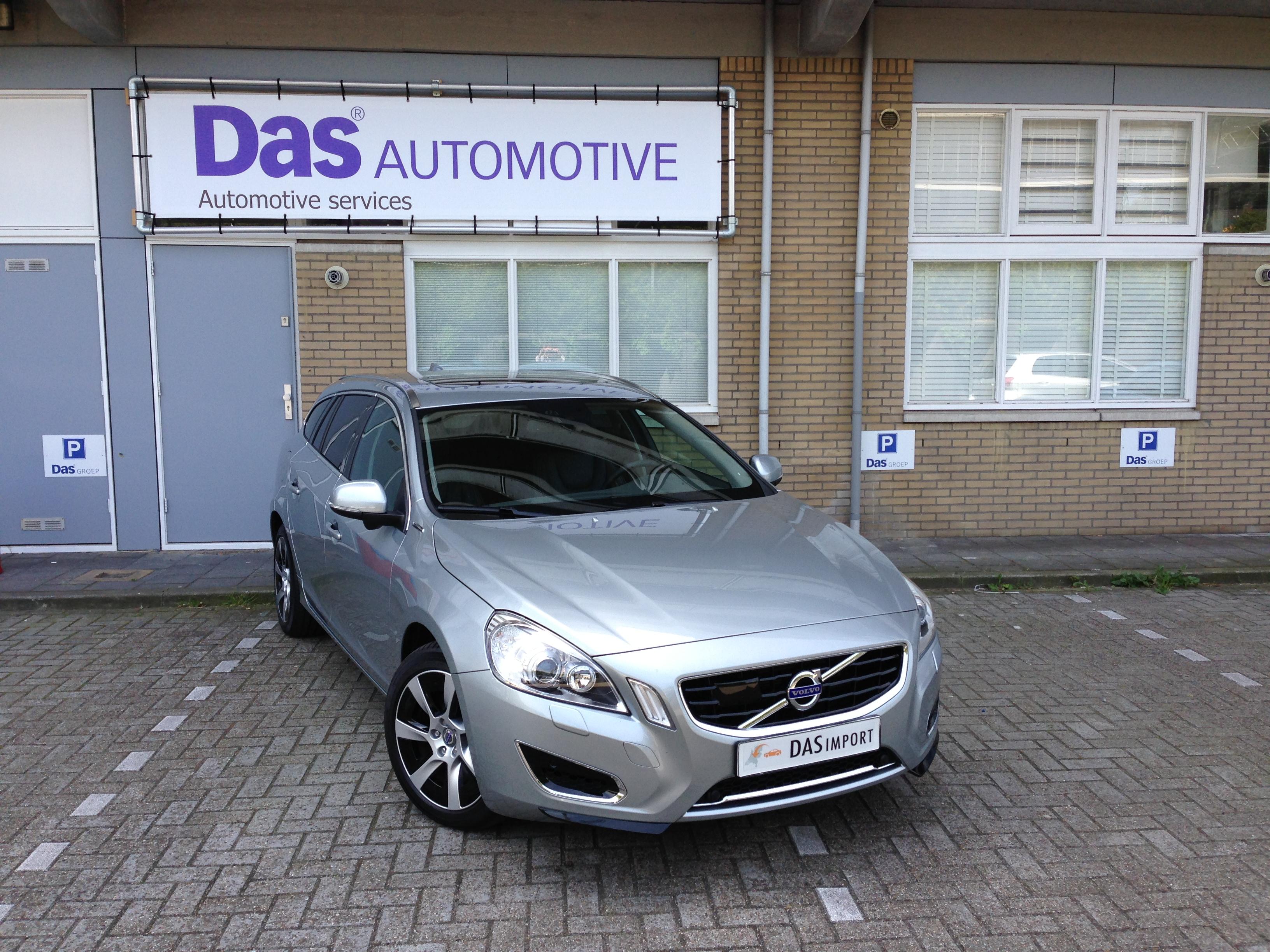 Importauto: Volvo V60 Plug-in Hybrid 1/2013