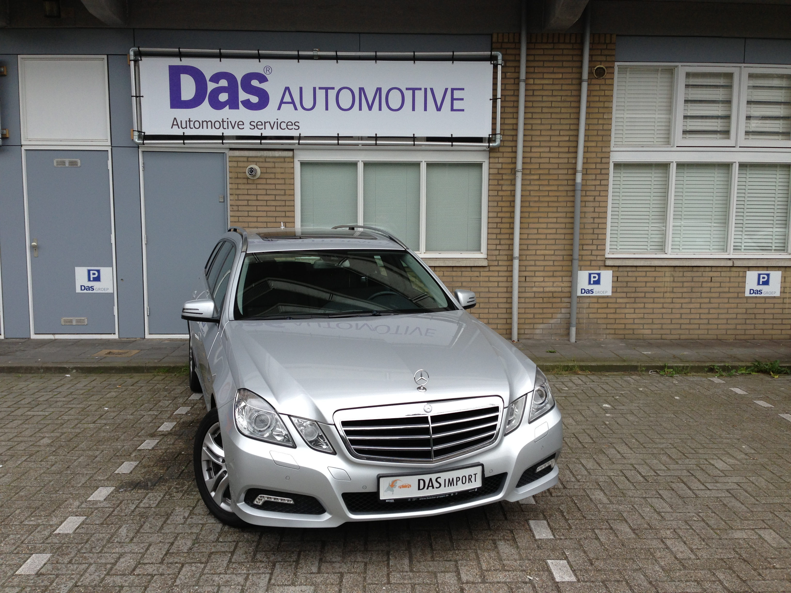 Importauto: Mercedes-Benz E 350 T-Modell CDI Avantgarde 11/2009