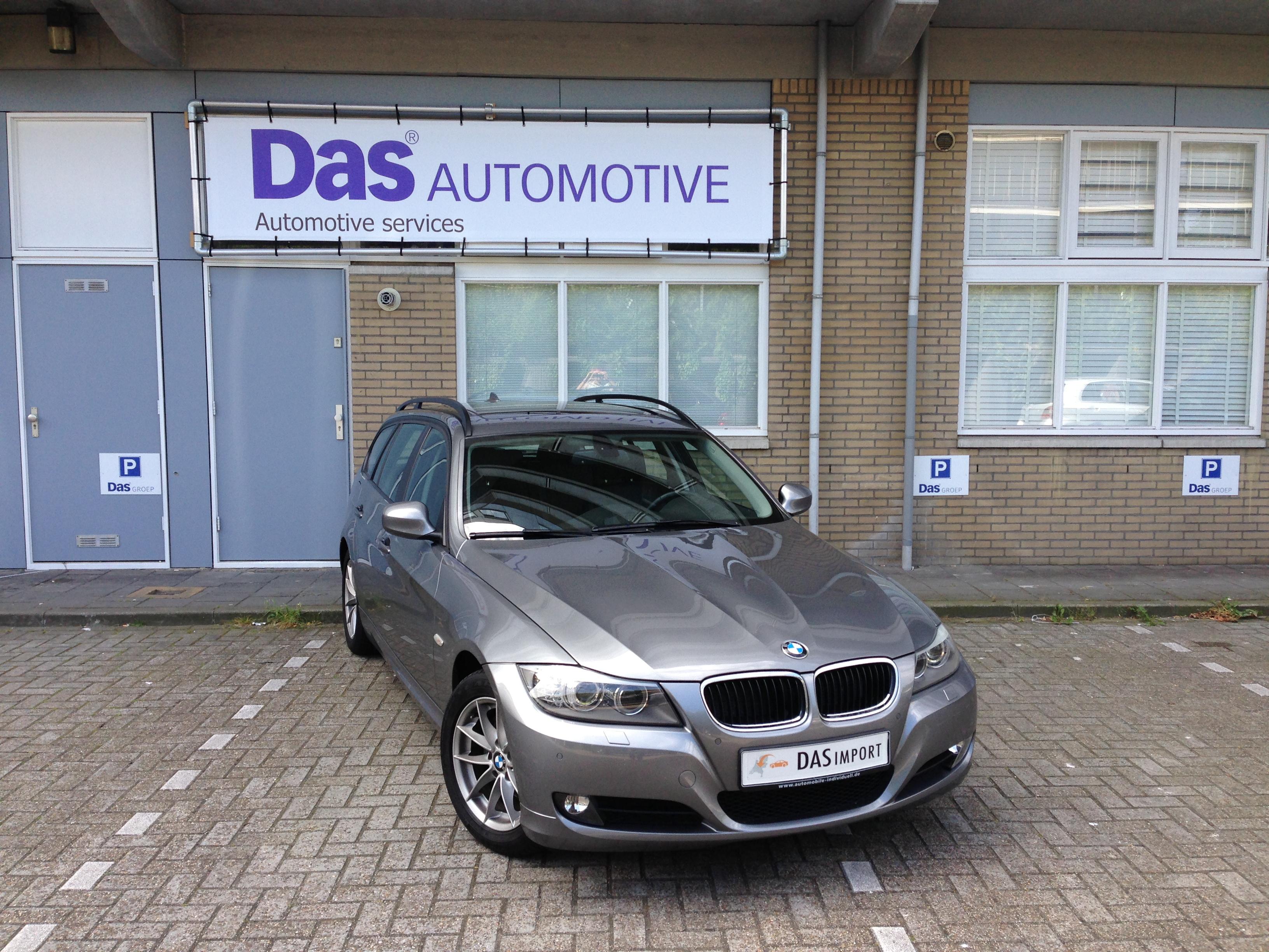 Importauto: BMW 318IA Touring 1/2010