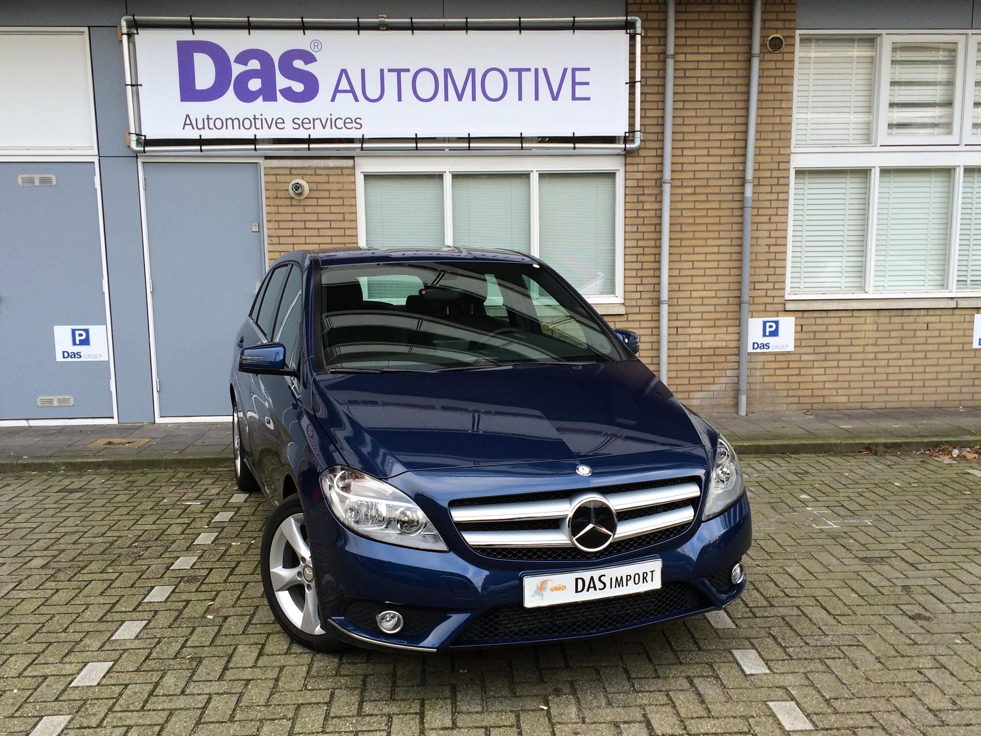 Importauto: Mercedes-Benz B180  8/2012