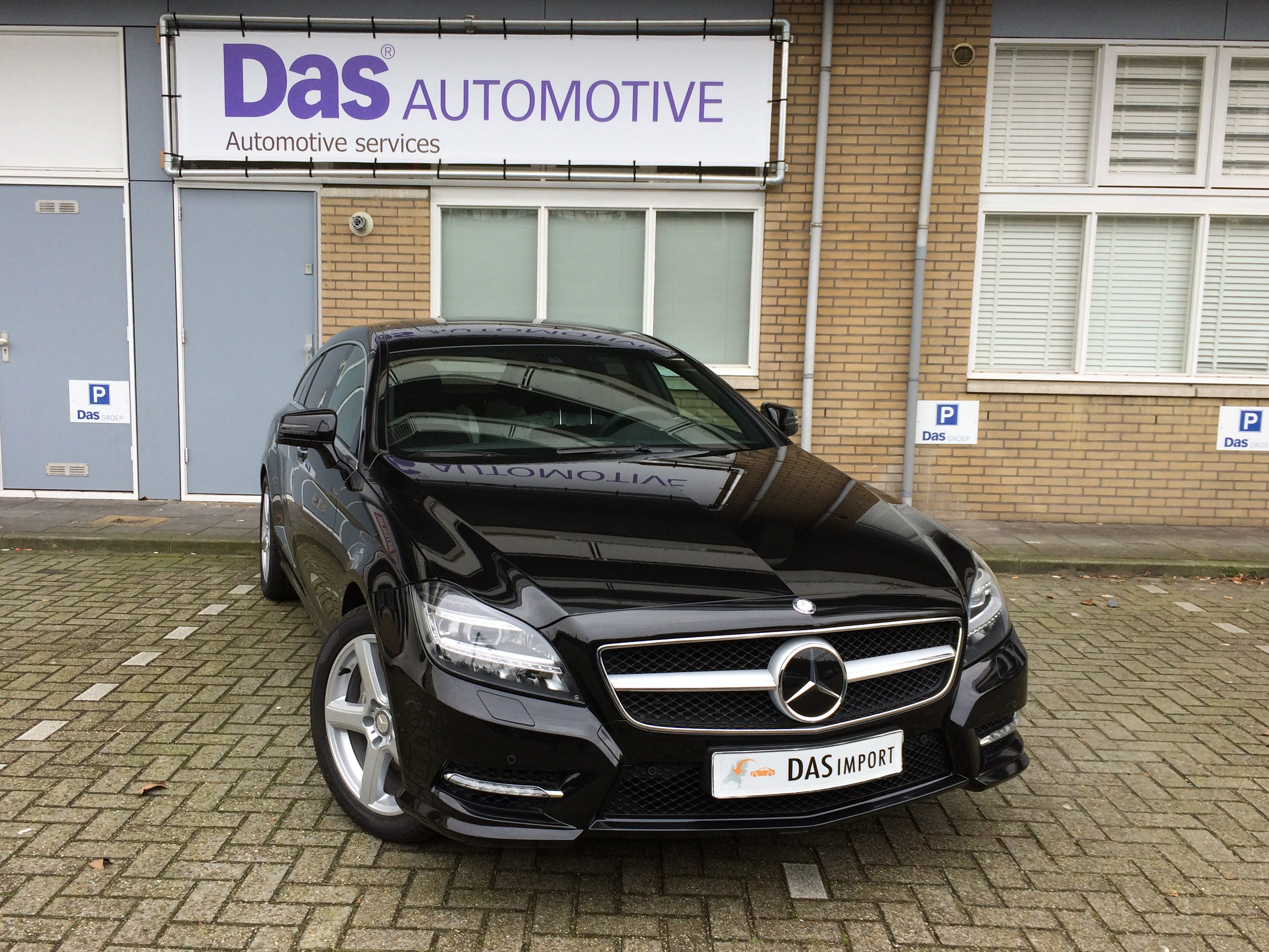 Importauto: Mercedes-Benz 350CLS Shooting Brake 10/2013