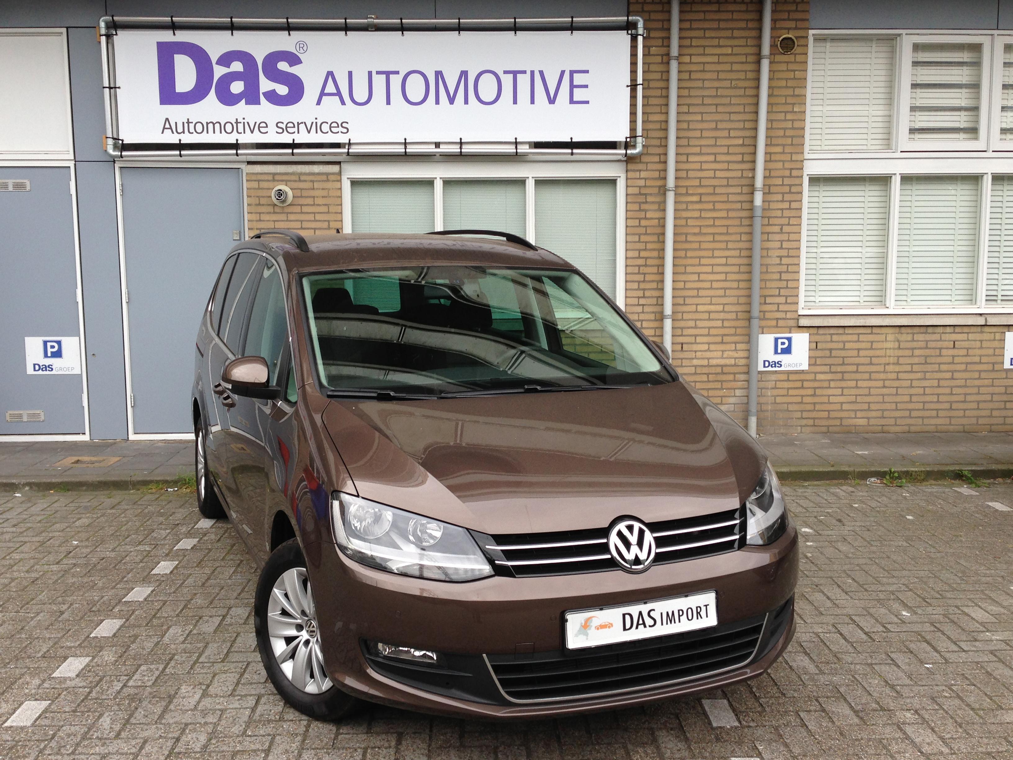 Importauto: Volkswagen Sharan 1.4 TSI Comfortline BMT 7/2012