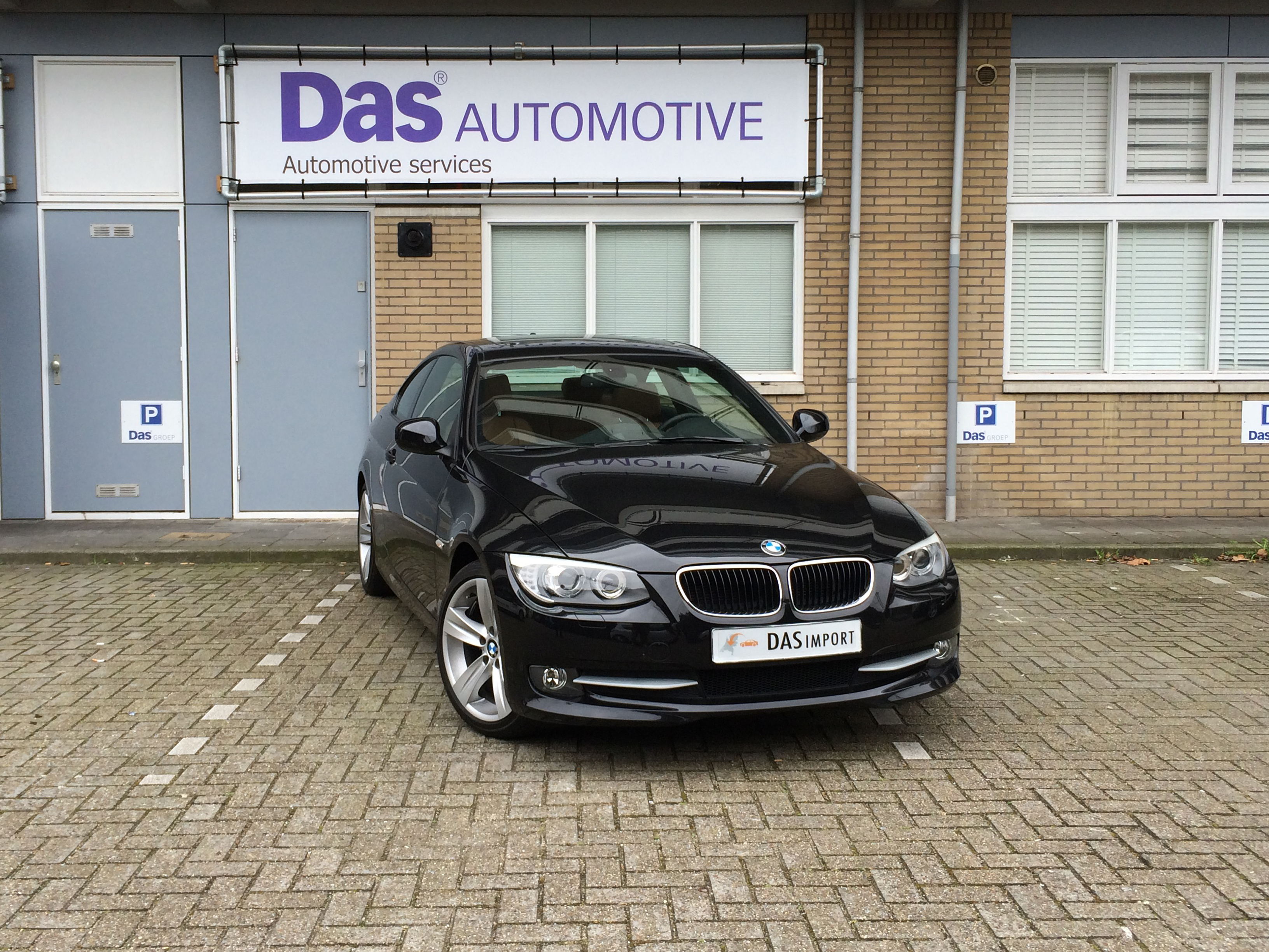 Importauto: BMW 3-Serie Coupe 320i 8/2010