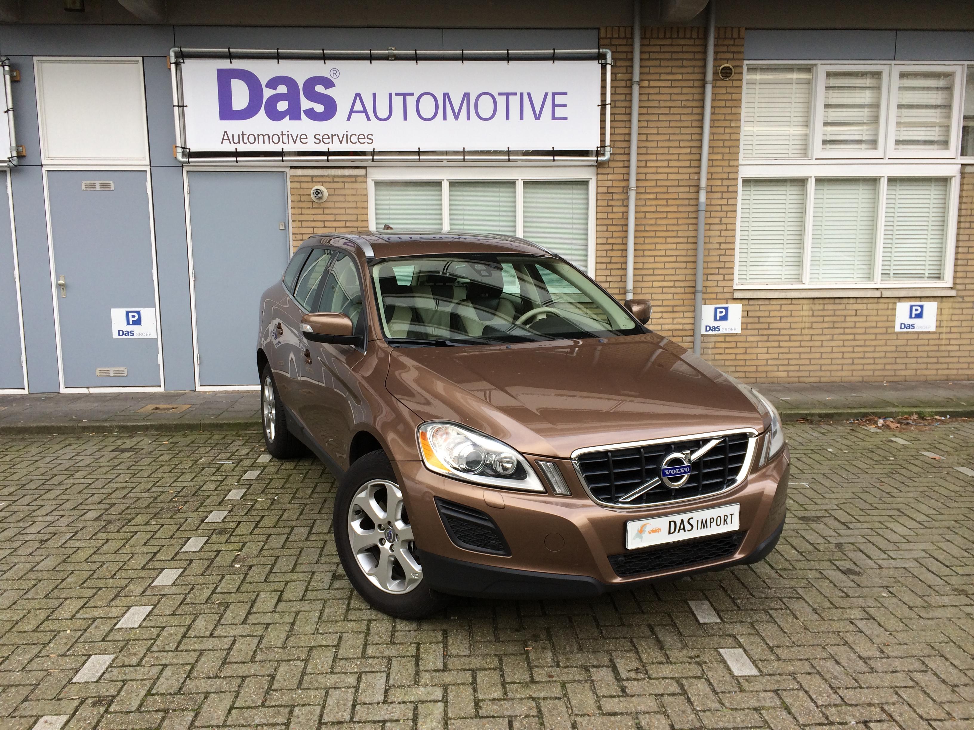 Importauto: Volvo VOLVO XC60 Diesel D4 Summum Geartronic 12/2013