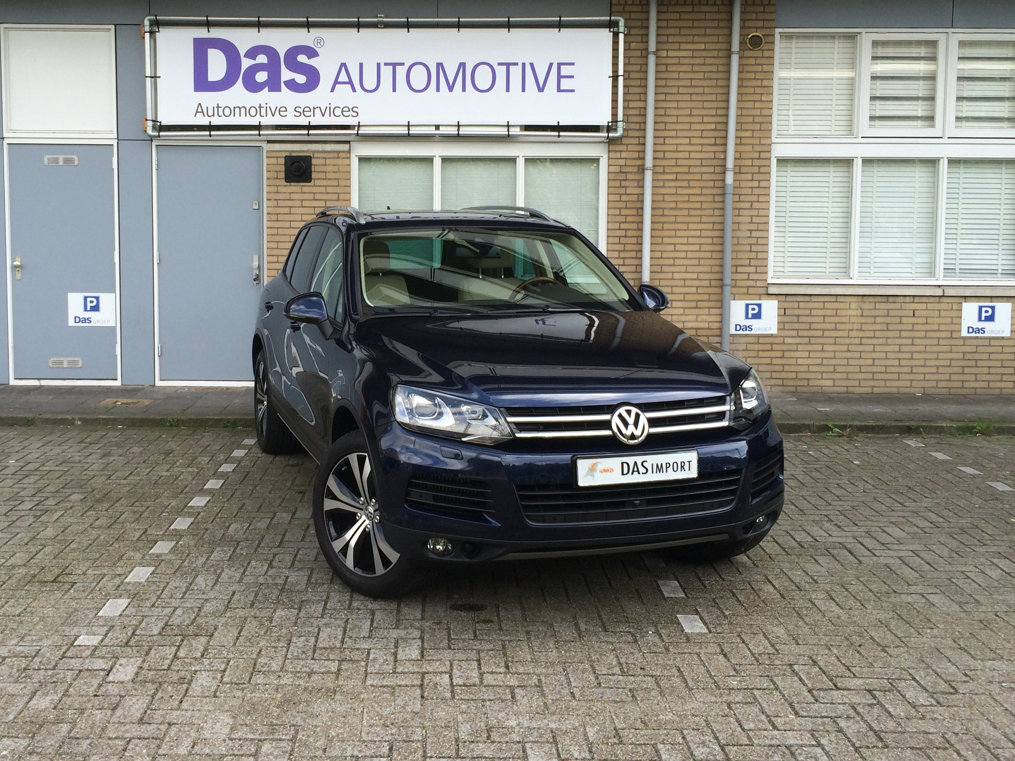 Importauto: Volkswagen Touareg Diesel 3.0 V6 TDI 180 kW BMT 4/2013