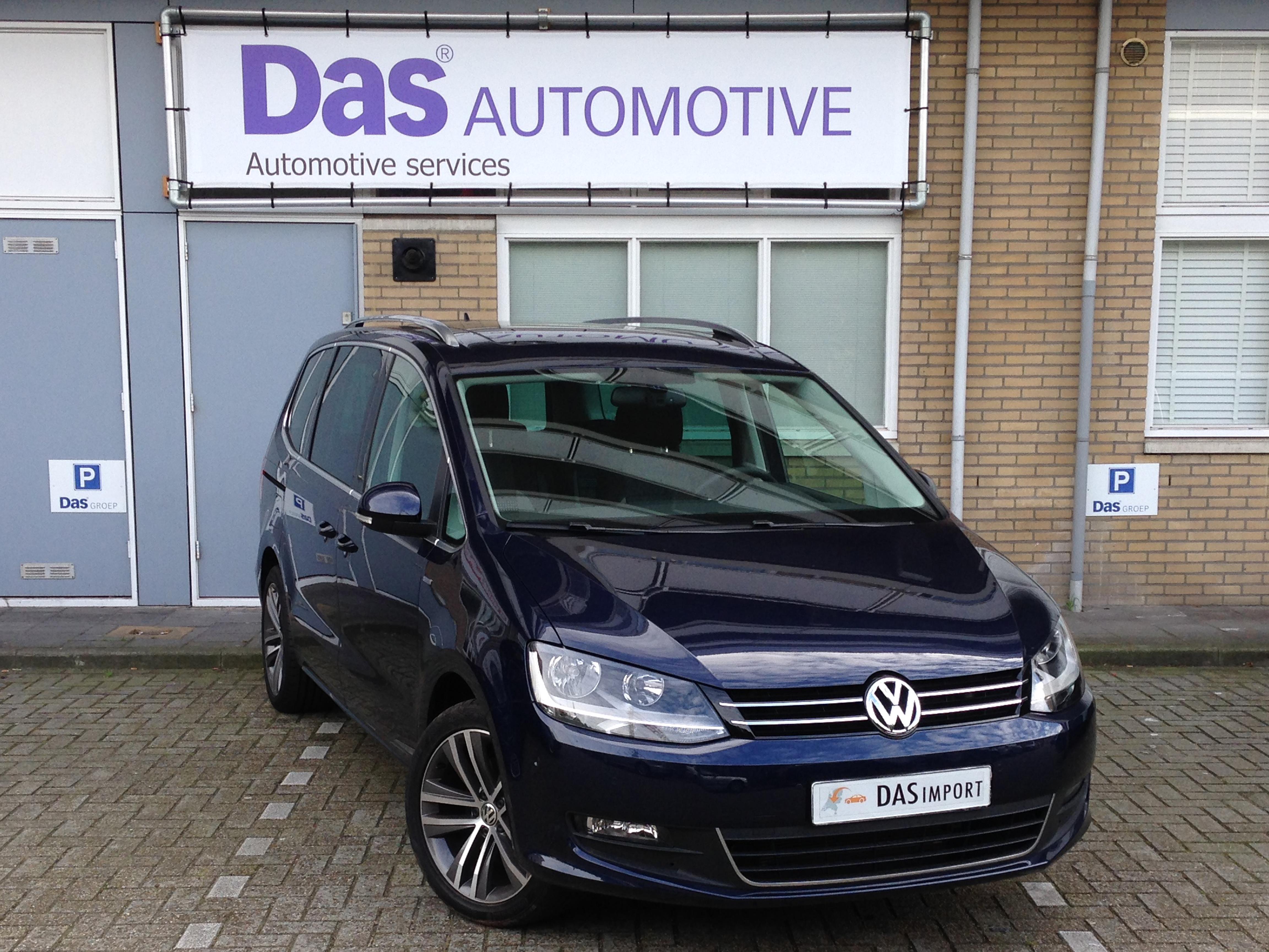 Importauto: Volkswagen Sharan 1.4 TSI Highline BMT DSG 5/2013