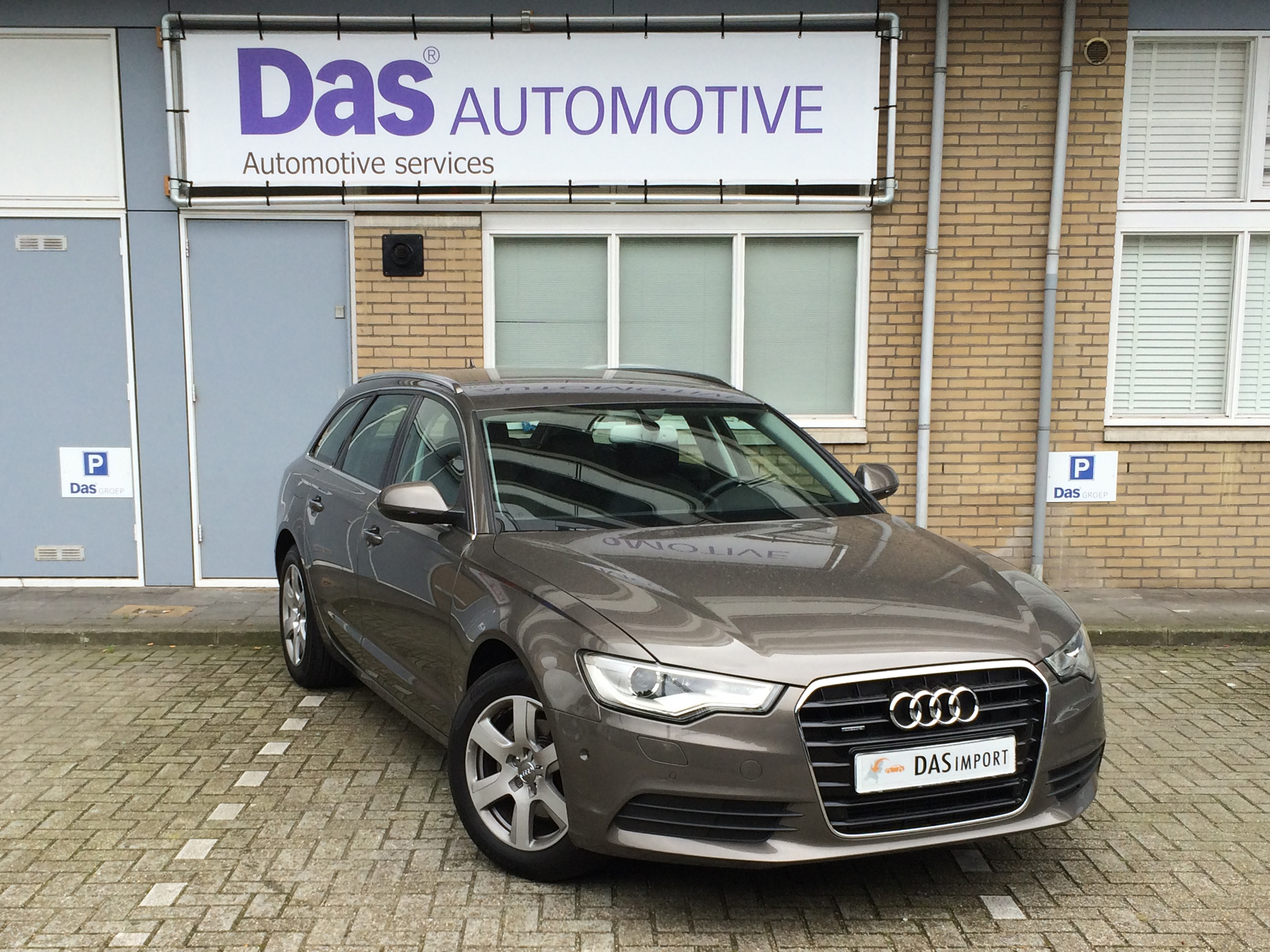 Importauto: Audi A6 Avant Diesel 3.0 TDI 150kW quattro S tronic 5/2013