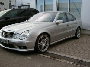Importauto: Mercedes-Benz E 55 AMG 2/2005