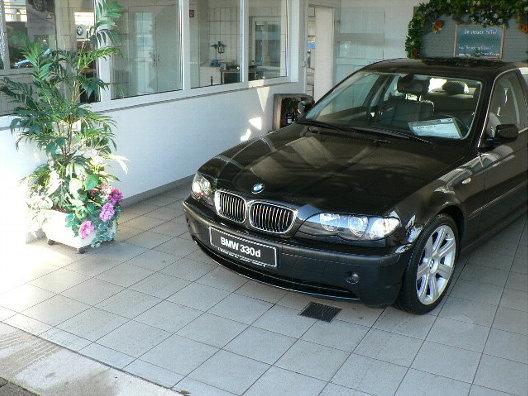 Importauto: BMW 330d 3/2003