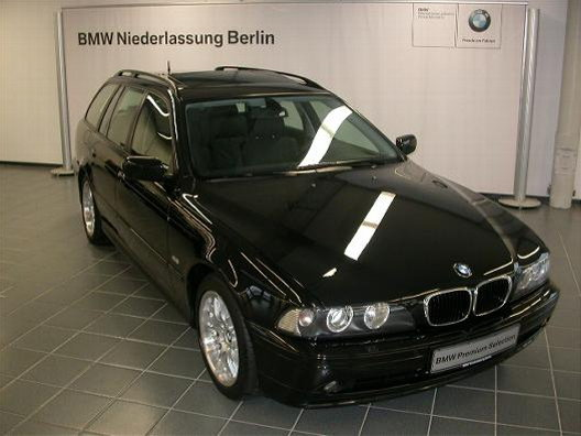 Importauto: BMW 530d Touring 2/2003