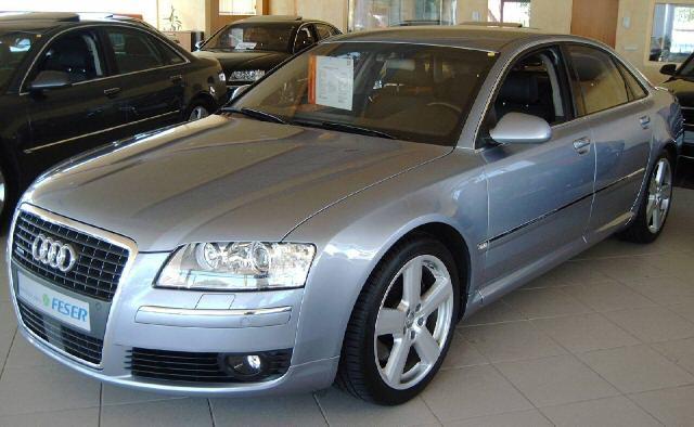 Importauto: Audi A8 4.2 qauttro 6/2005