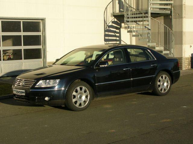 Importauto: Volkswagen Phaeton V6 3.2 4-motion 7/2003