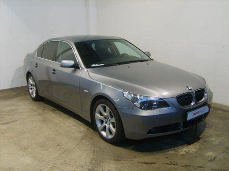 Importauto: BMW 545i 2/2004