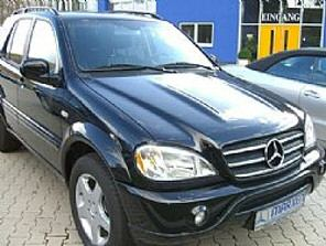 Importauto: Mercedes-Benz ML 55 AMG 5/2001
