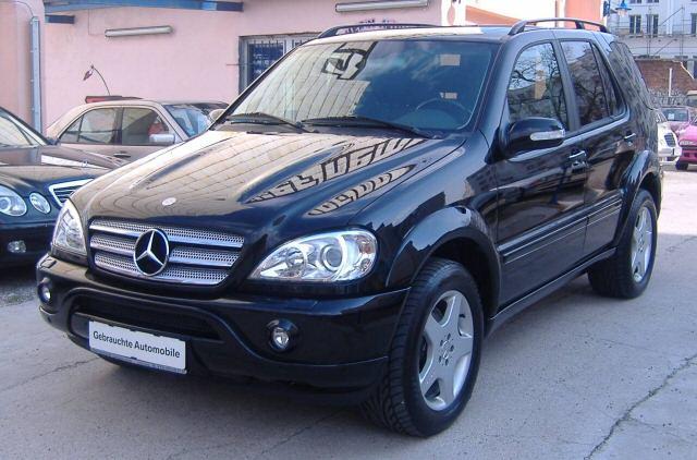Importauto: Mercedes-Benz ML 55 AMG 3/2002