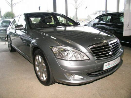 Importauto: Mercedes-Benz S 450 4-matic 6/2006
