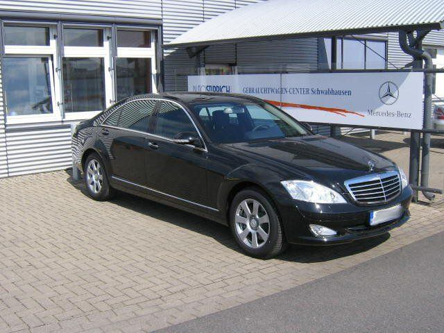 Importauto: Mercedes-Benz S 320 4-matic 3/2007