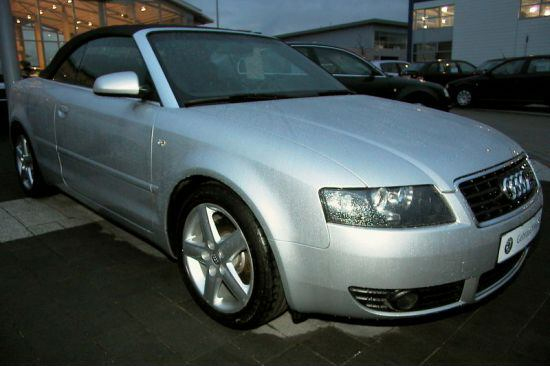 Importauto: Audi A4 Cabriolet 2.4 Multitronic 6/2004