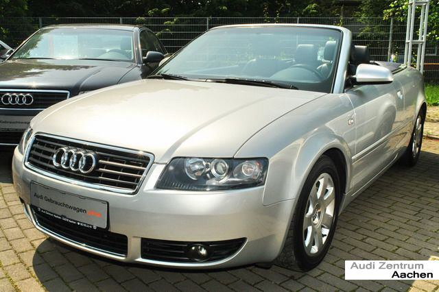 Importauto:  A4 Cabriolet 2.4 Multitronic 2/2004