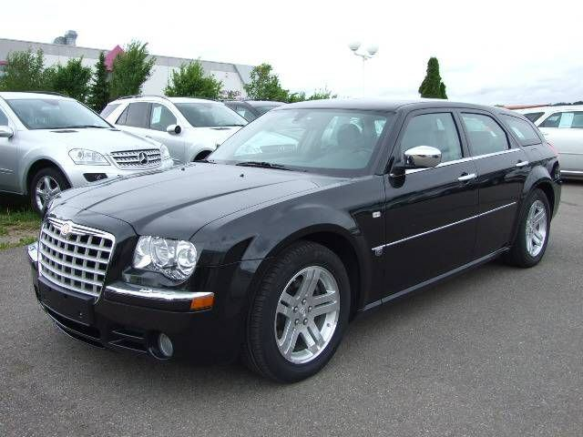 Importauto: Chrysler 300 3.0 CRD 10/2006