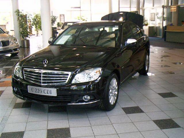 Importauto: Mercedes-Benz C 220 CDI DPF Elegance 3/2007
