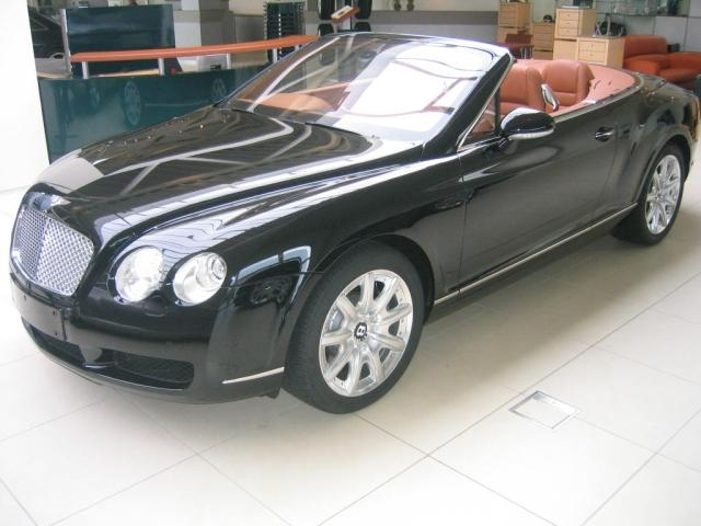 Importauto: Bentley Continental 11/2006