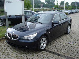 Importauto: BMW 530d 3/2006
