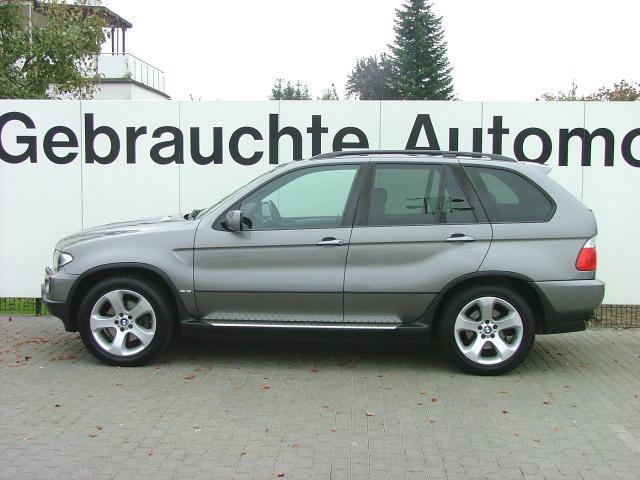Importauto: BMW X5 4.4i 3/2004