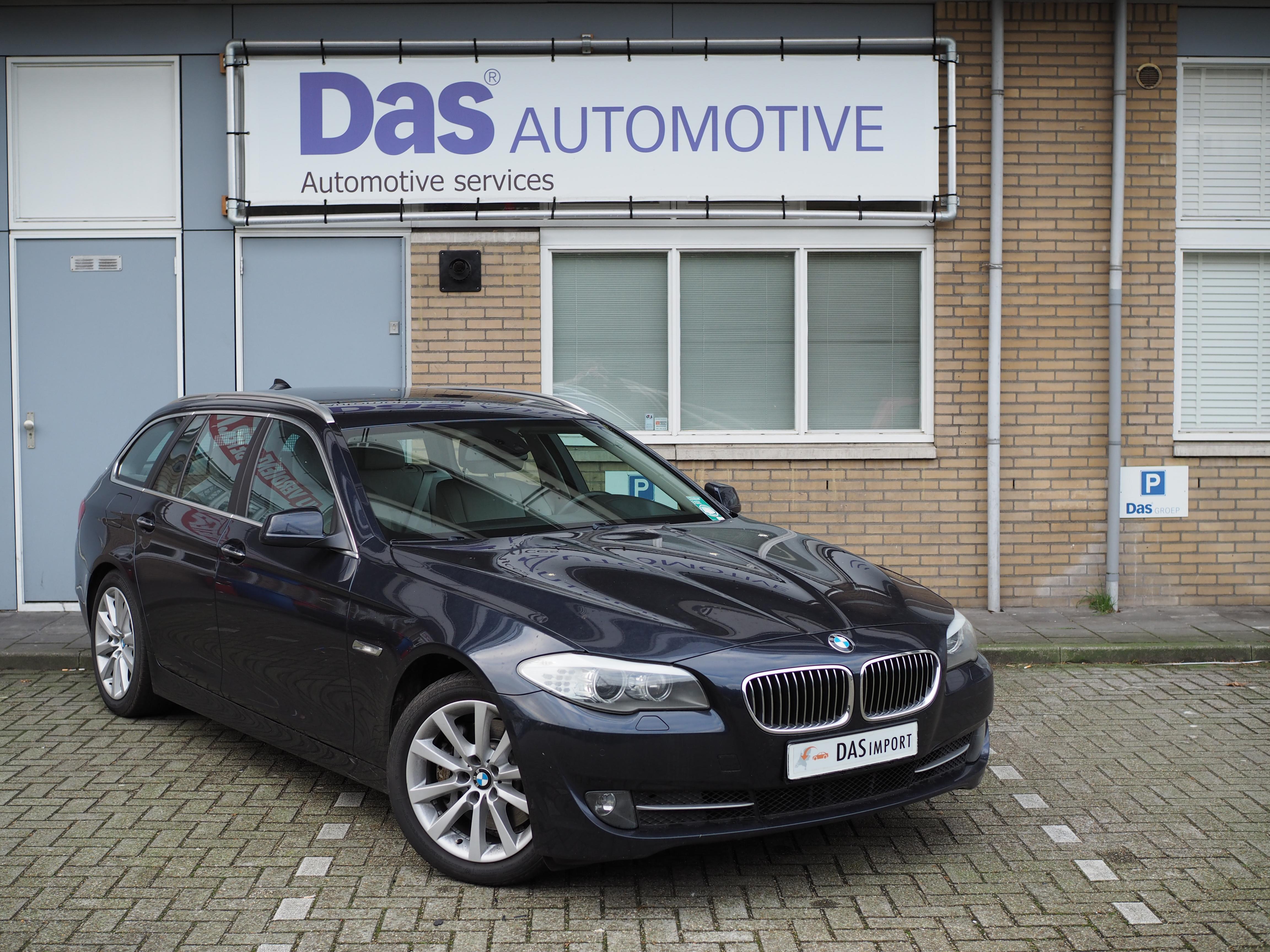 Importauto: BMW 530D Touring 11/2011