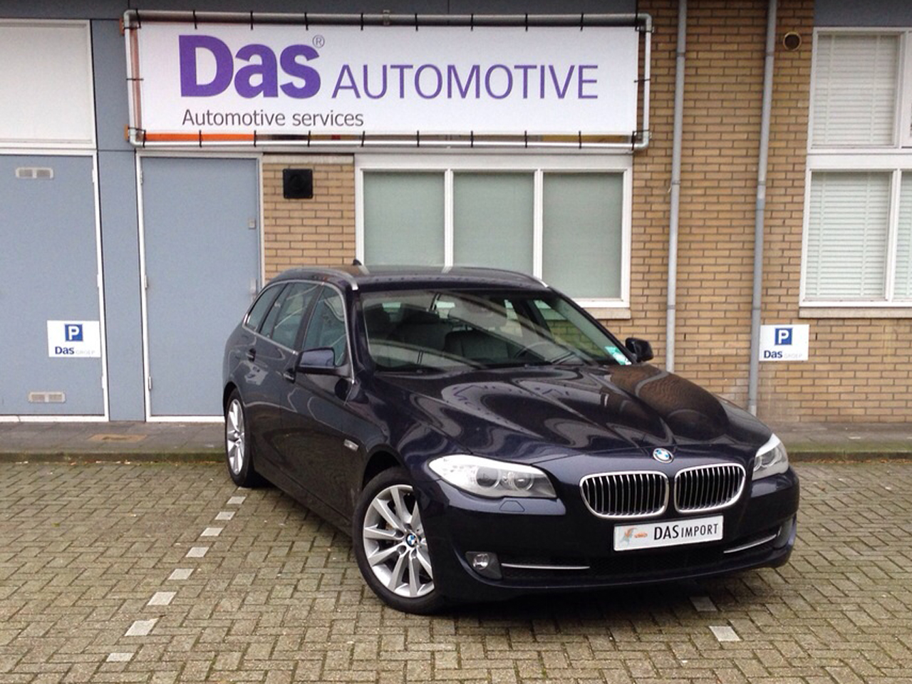 Importauto: BMW 520D Touring 4/2011