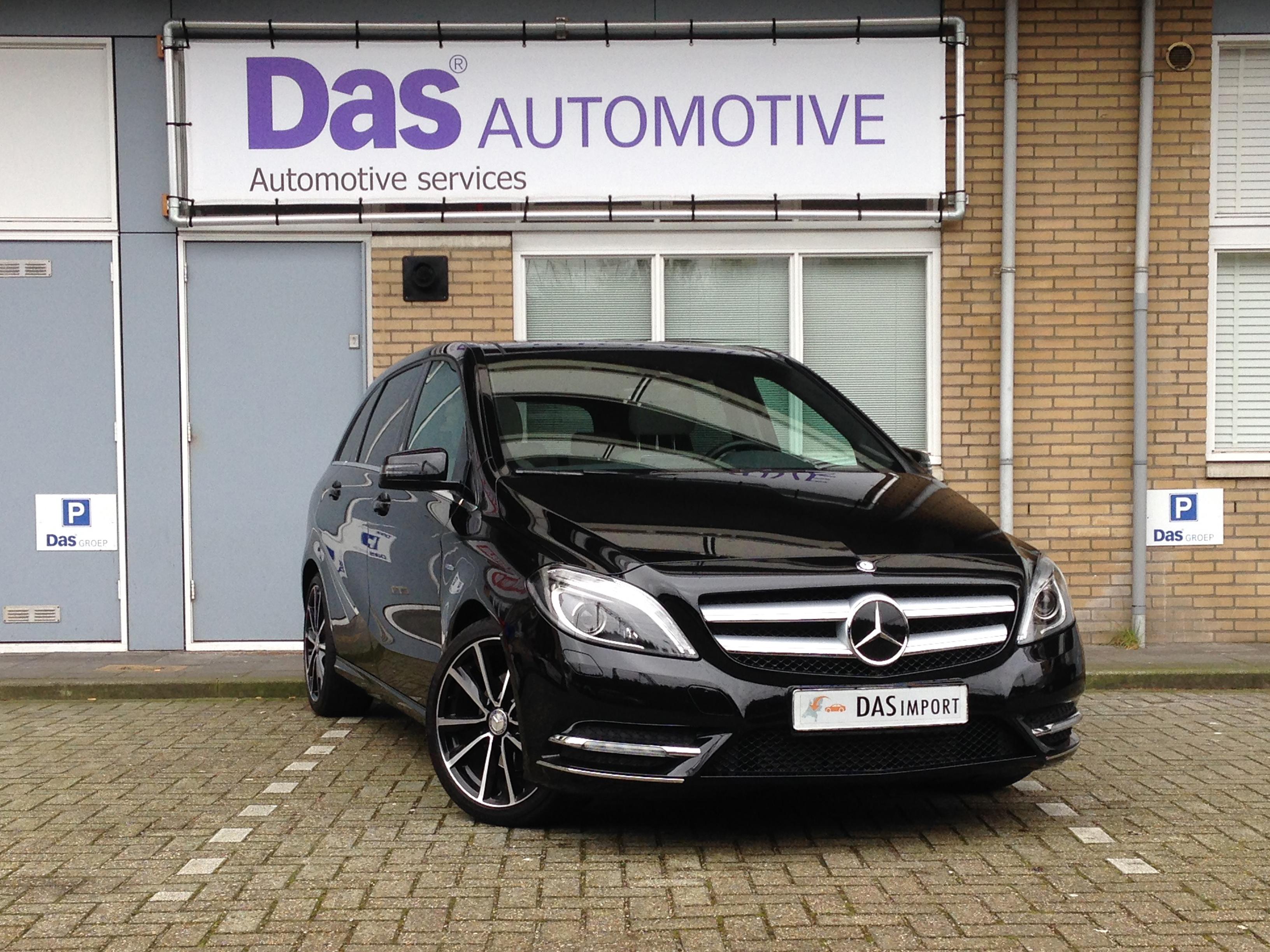 Importauto: Mercedes-Benz B-Klasse B 200 BlueEFFICIENCY Aut. 1/2012