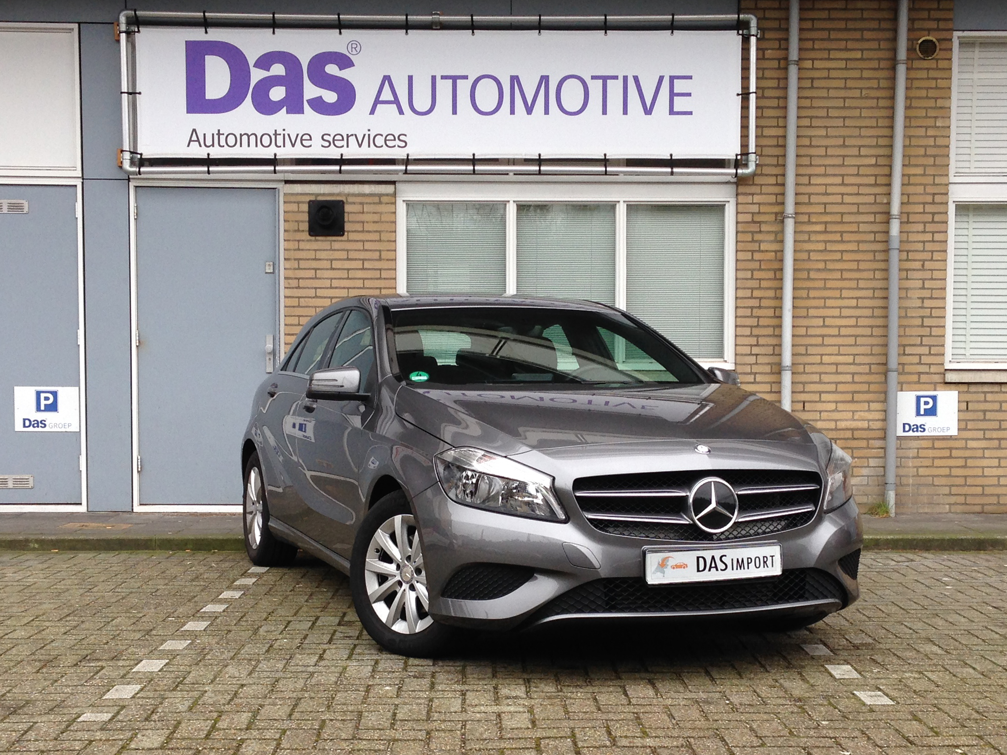 Importauto: Mercedes-Benz A-Klasse A 180 BlueEFFICIENCY 10/2013