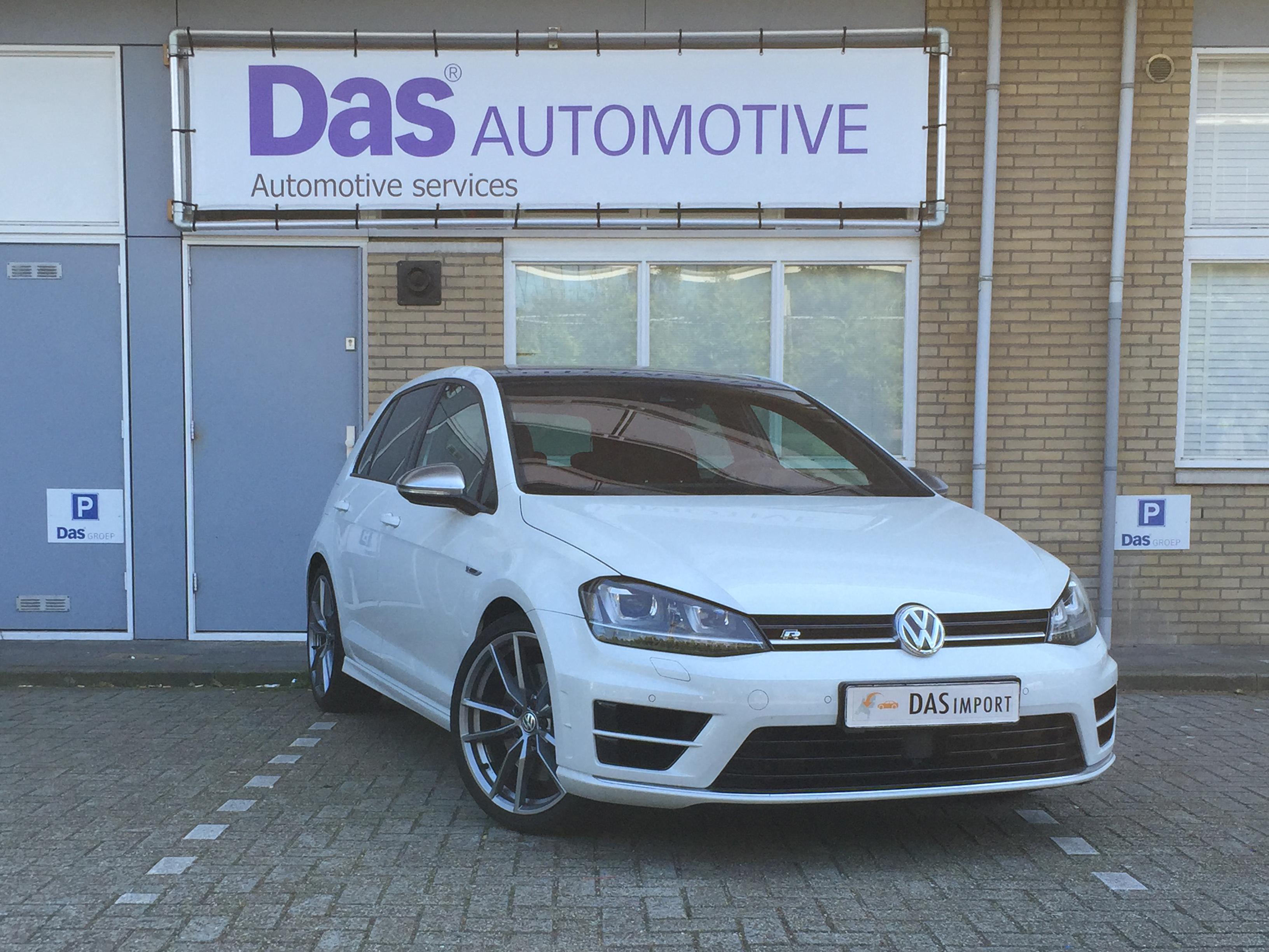 Importauto: Volkswagen Golf VII 2.0 TSI 5d 221kW R 4Motion BMT DSG 4/2014