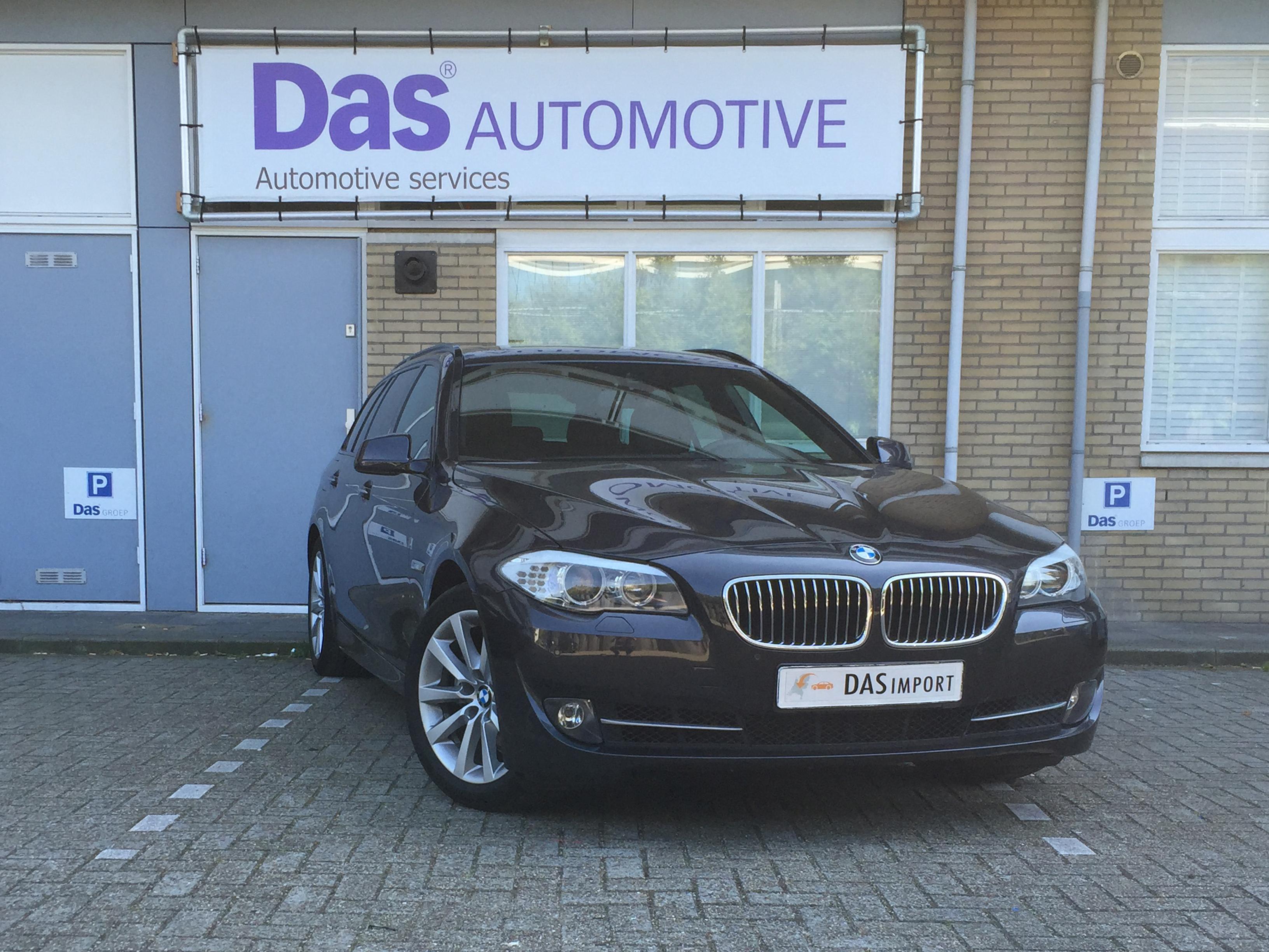 Importauto: BMW 5-Serie Touring 520iA 3/2013