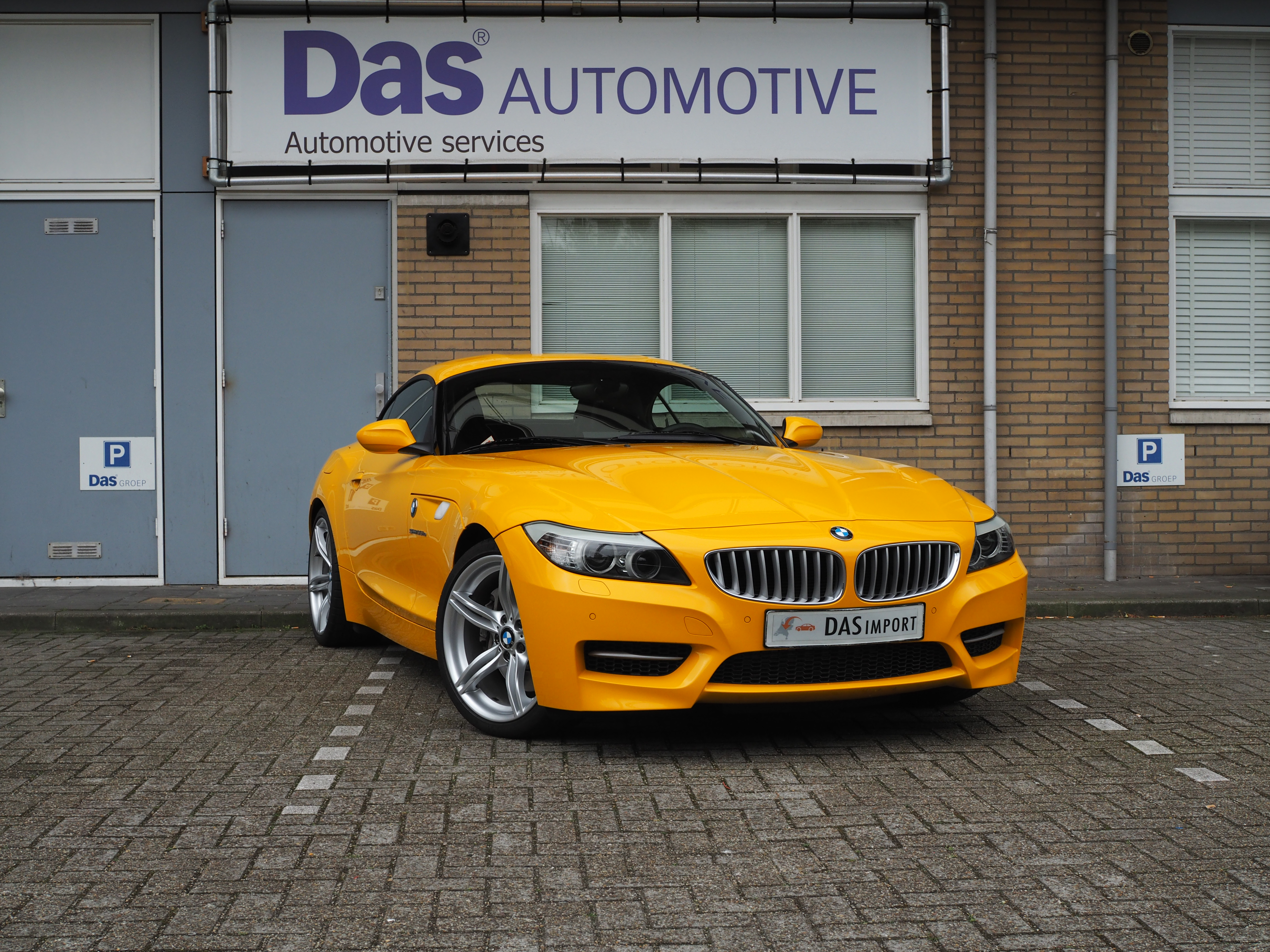 Importauto: BMW Z4 Roadster sDrive35is 5/2011