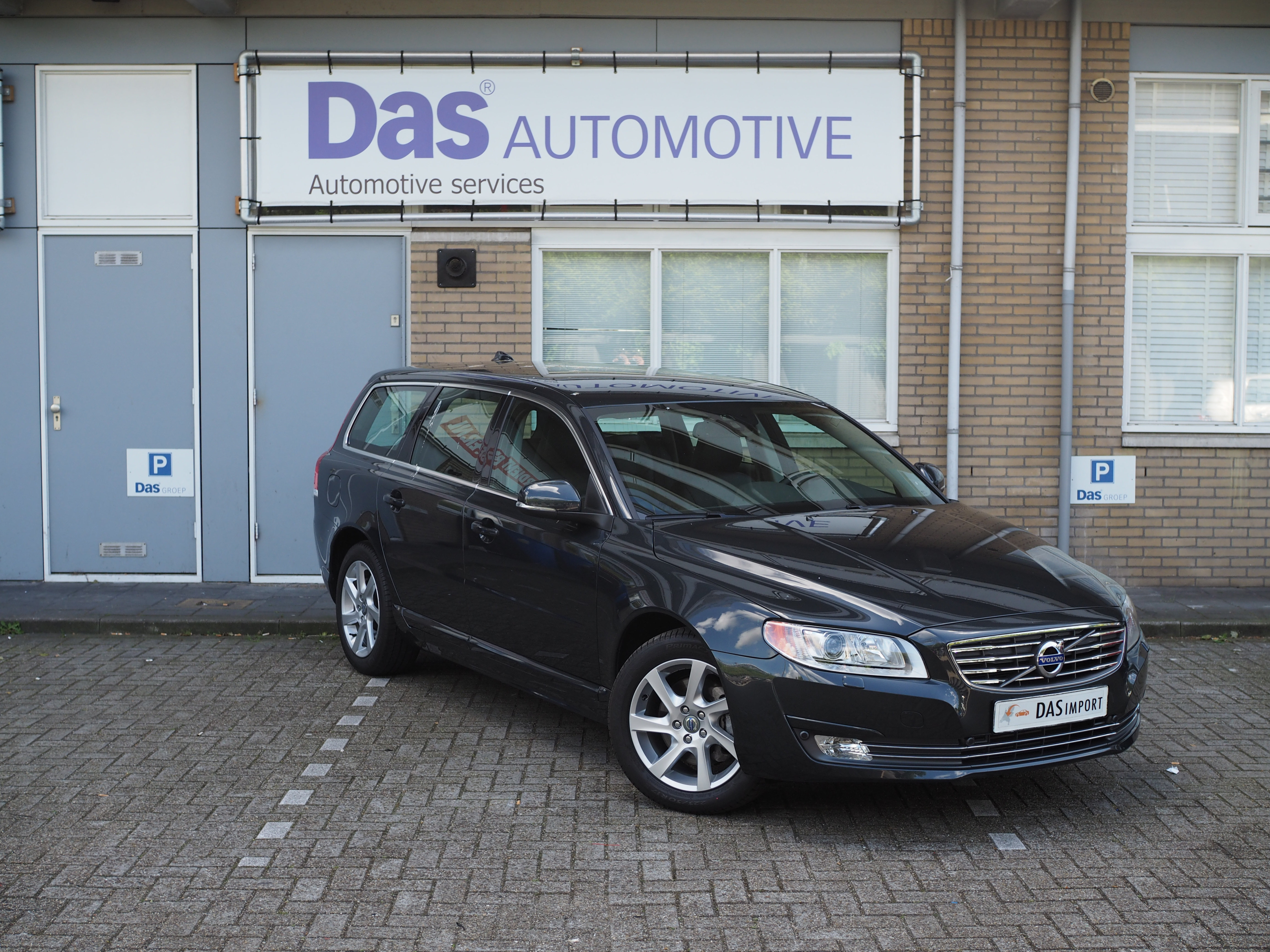 Importauto: Volvo V70 Diesel D3 Momentum Geartronic 3/2014