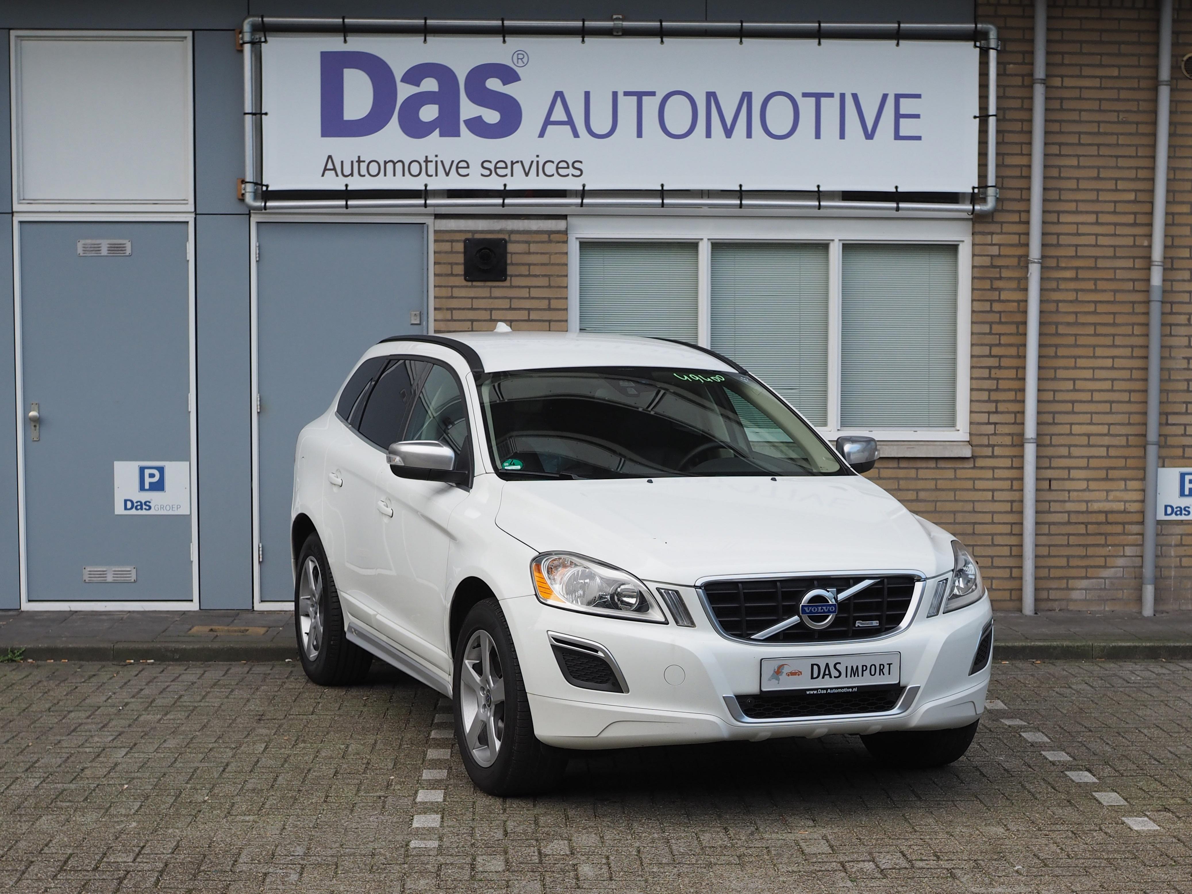 Importauto: Volvo XC60 D3 R-Design Drive 1/2012
