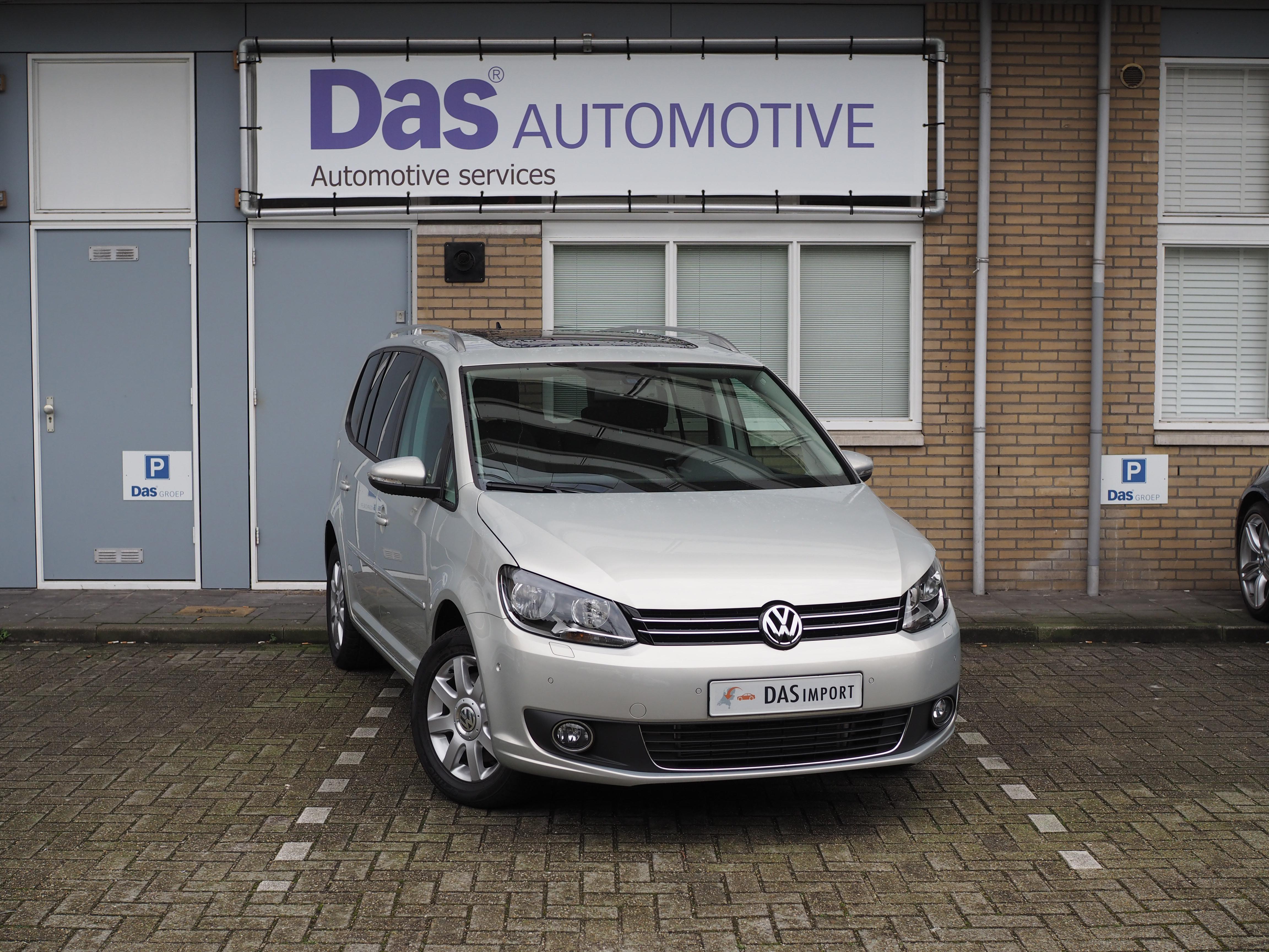 Importauto: Volkswagen Touran Highline 1.4 TSI DSG 10/2014