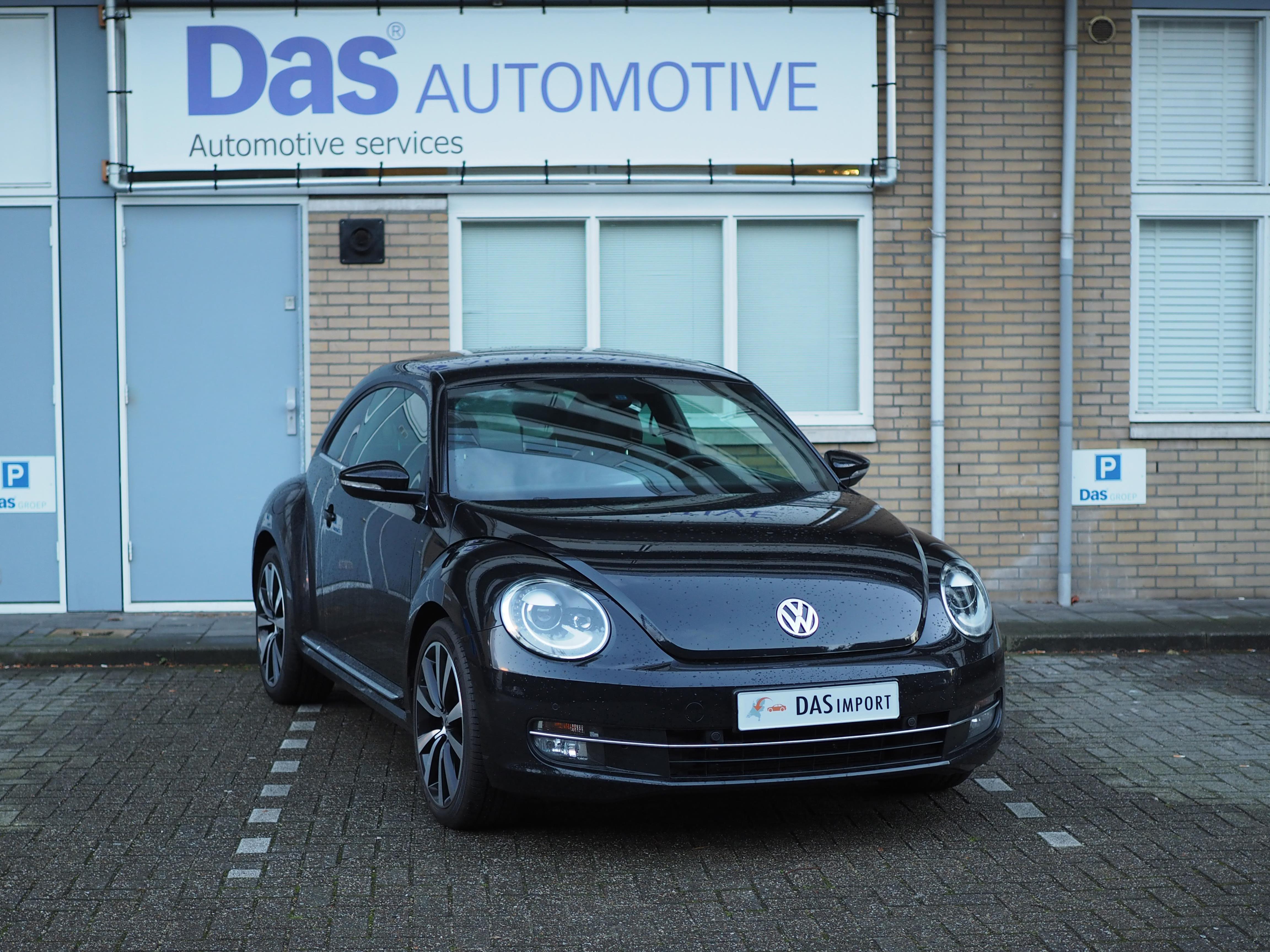 Importauto: Volkswagen New Beetle 2.0 TSI DSG Sport Highline 5/2013