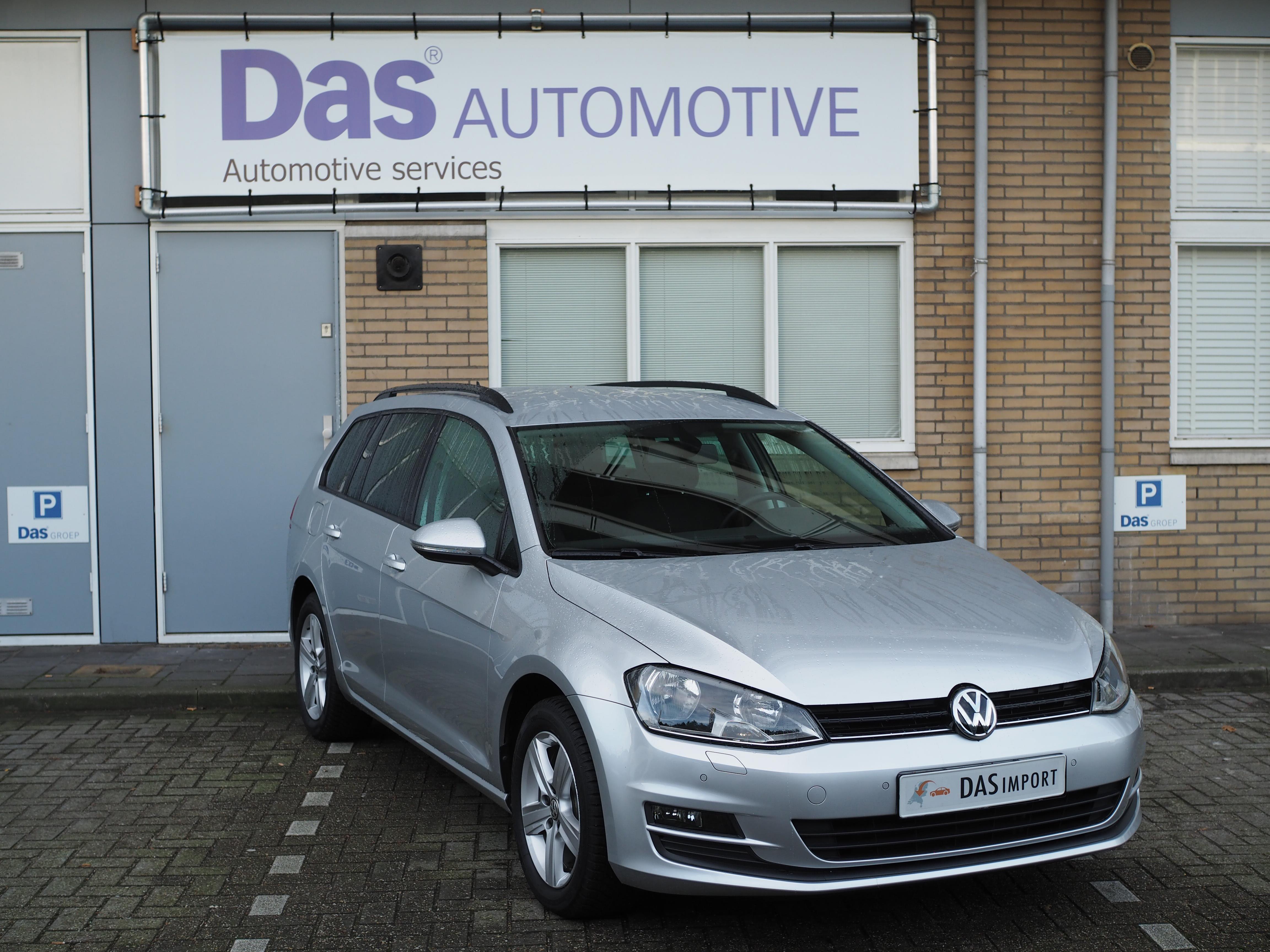 Importauto: Volkswagen Golf VII Variant 1.2 TSI 77kW Comfortline DSG 9/2014