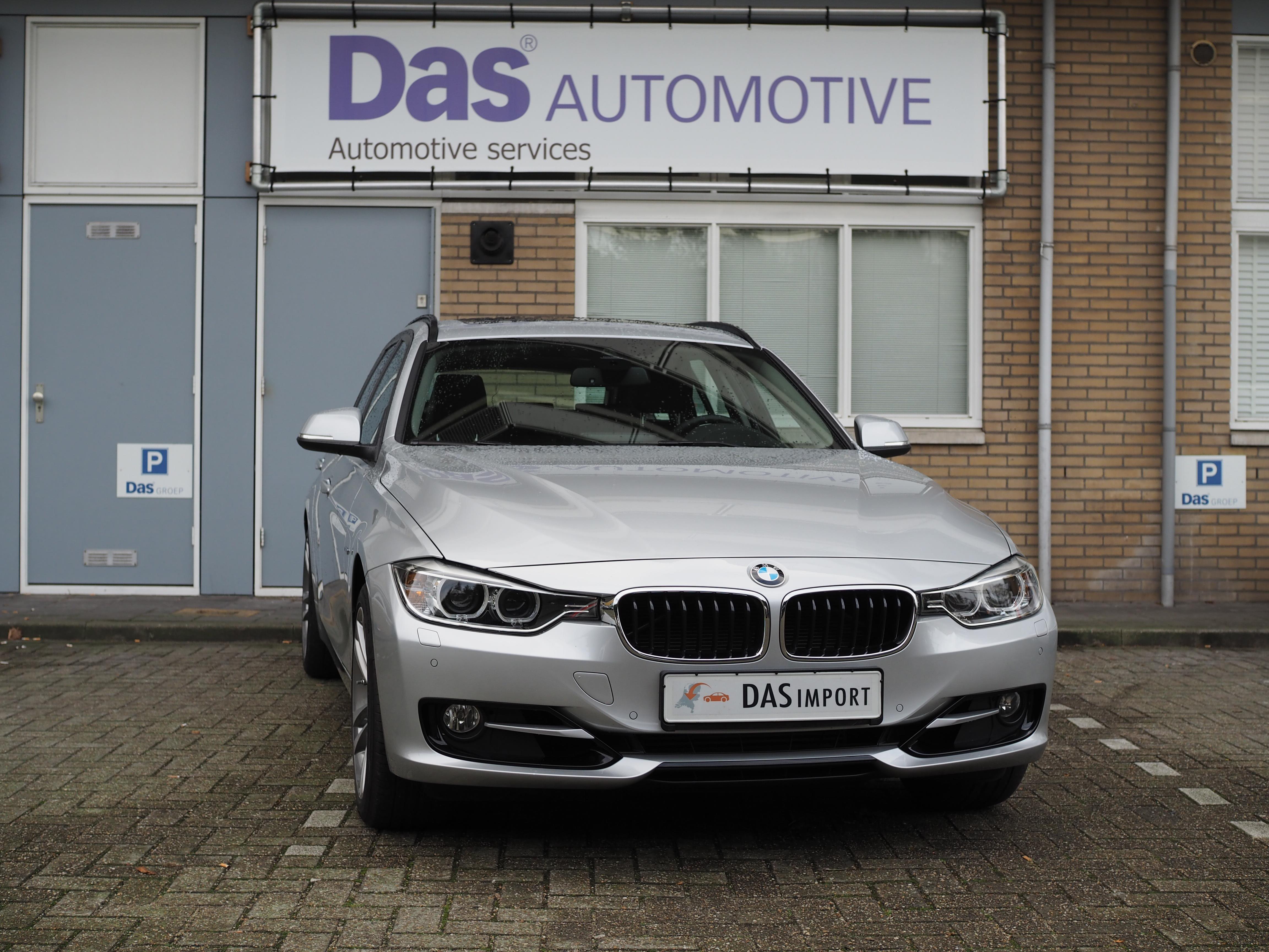 Importauto: BMW 3-Serie Touring Diesel 330dA xDrive 4/2015