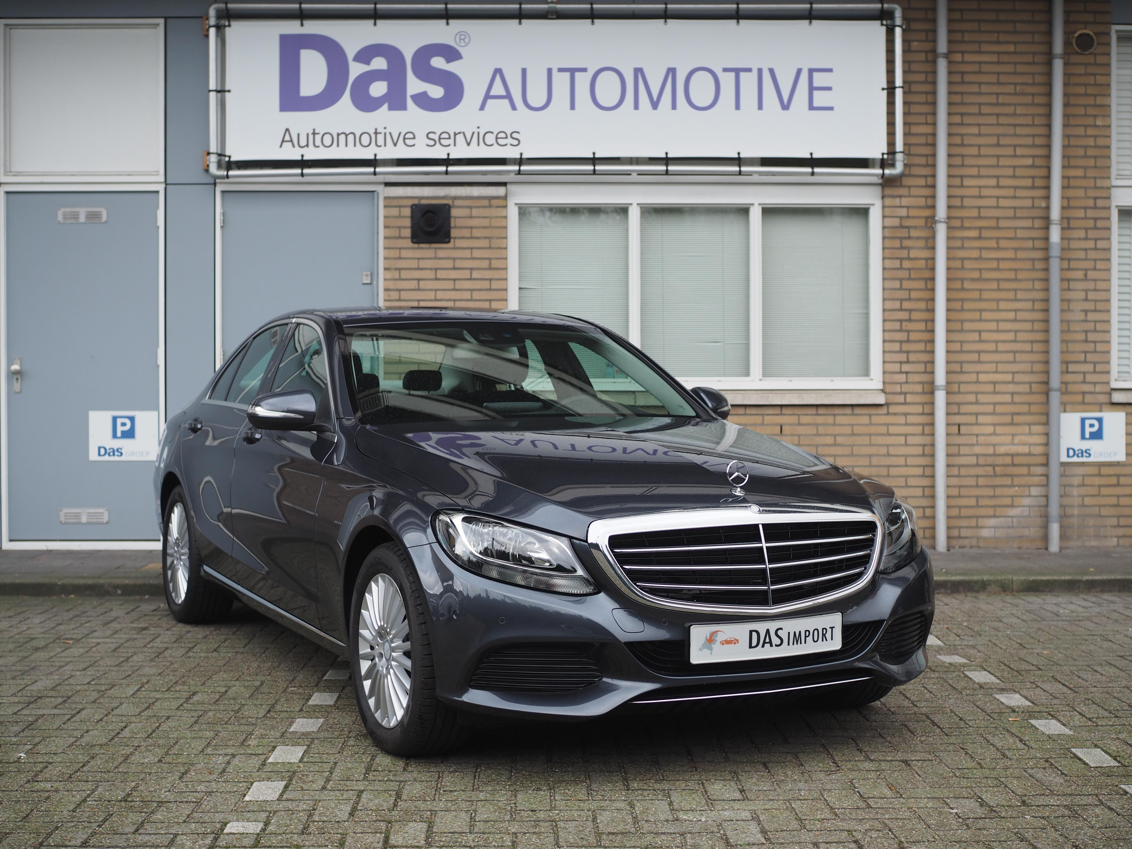 Importauto: Mercedes-Benz  C-Klasse Diesel C 220d Aut.  1/2015