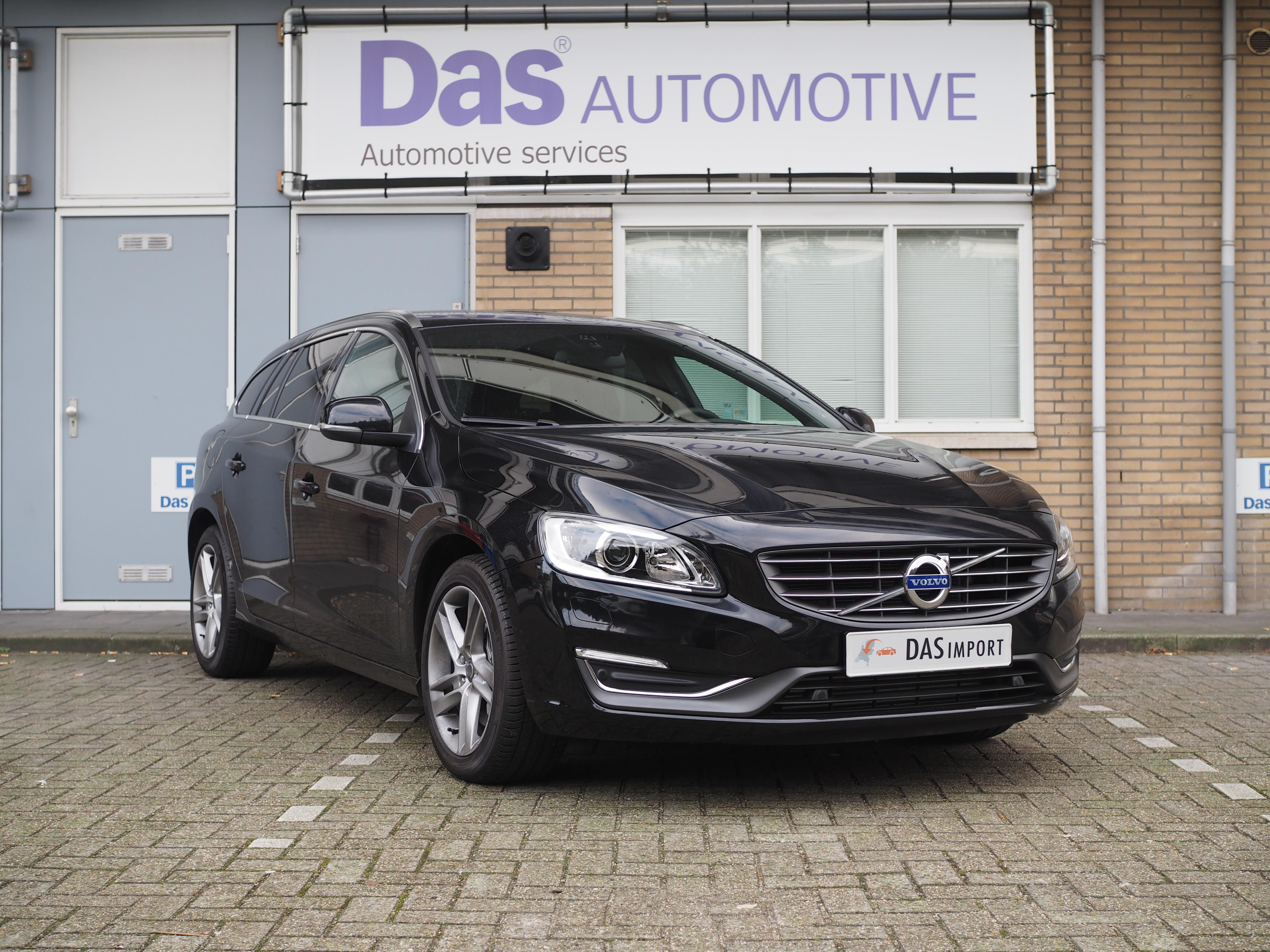 Importauto: Volvo V60 D5 Summum AWD Geartronic 6/2015