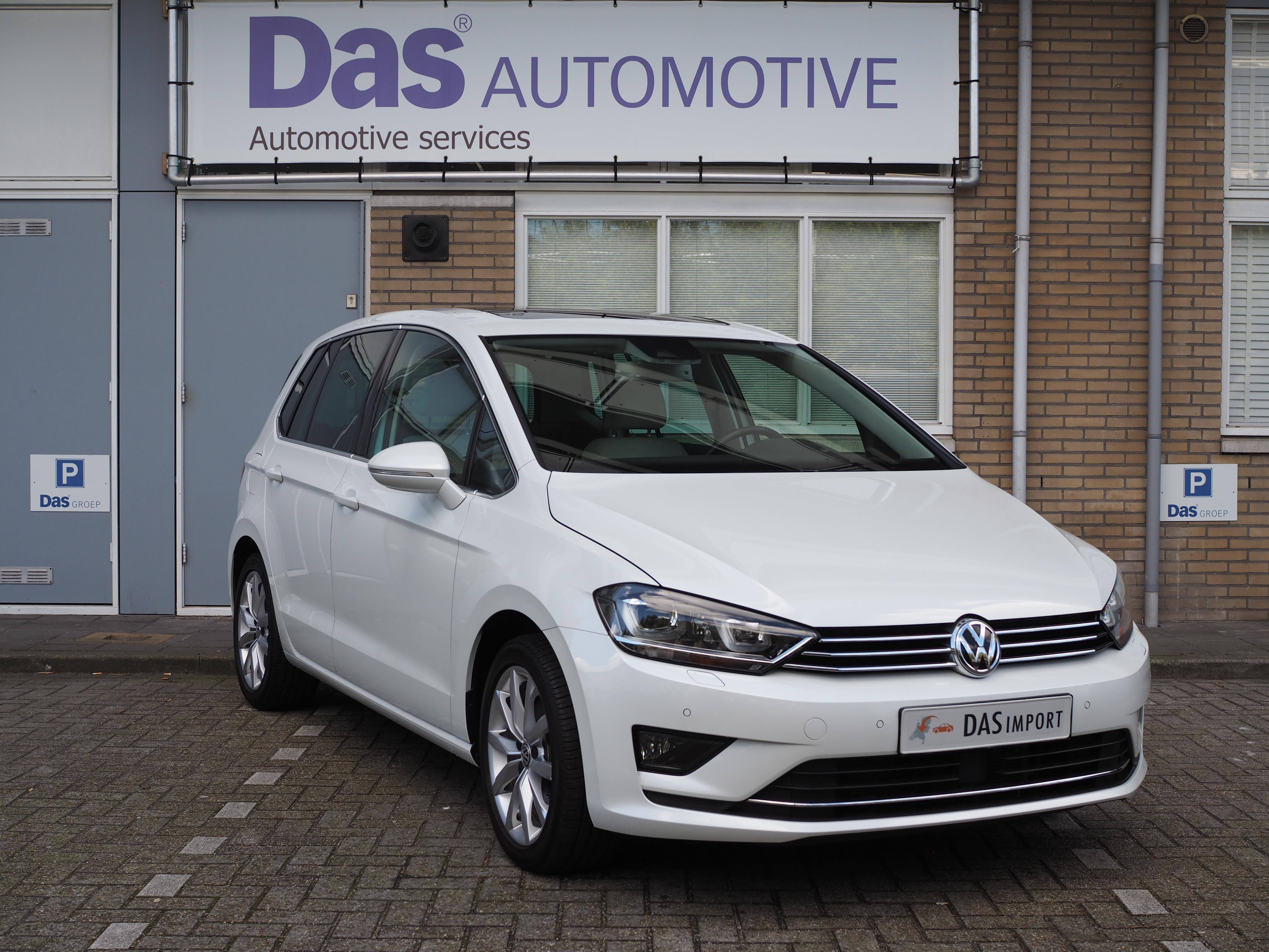 Importauto: Volkswagen Golf Sportsvan 1.4 TSI 110kQ Highline DSG 11/2014