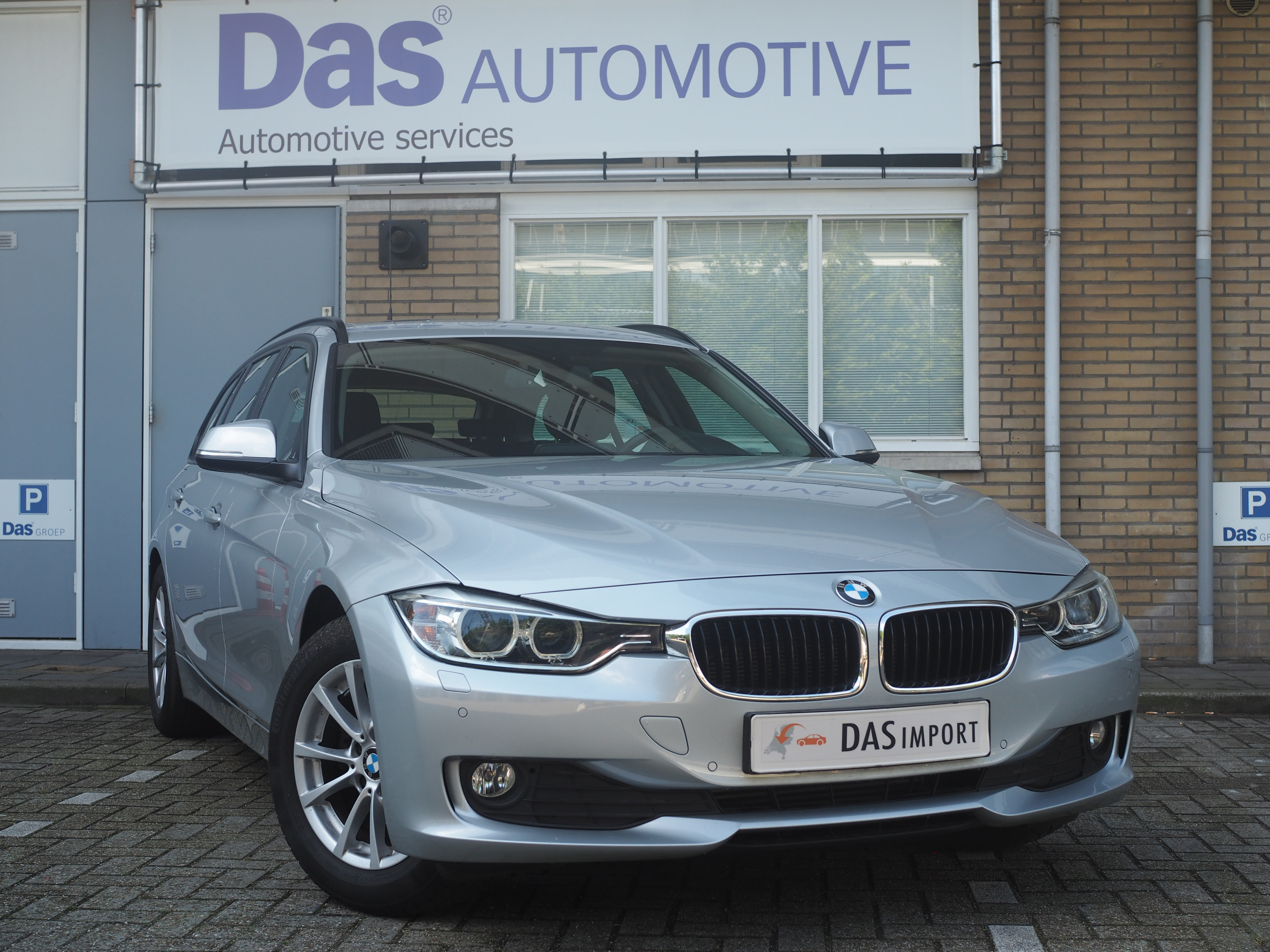 Importauto: BMW 320d Touring 11/2012