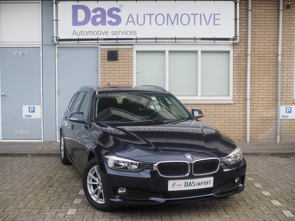 Importauto: BMW 3-Serie Touring Diesel 320d EDE 5/2014