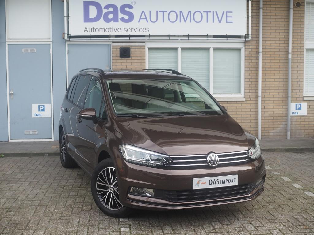 Importauto: Volkswagen Touran 1.4 TSI Comfortline DSG 9/2015