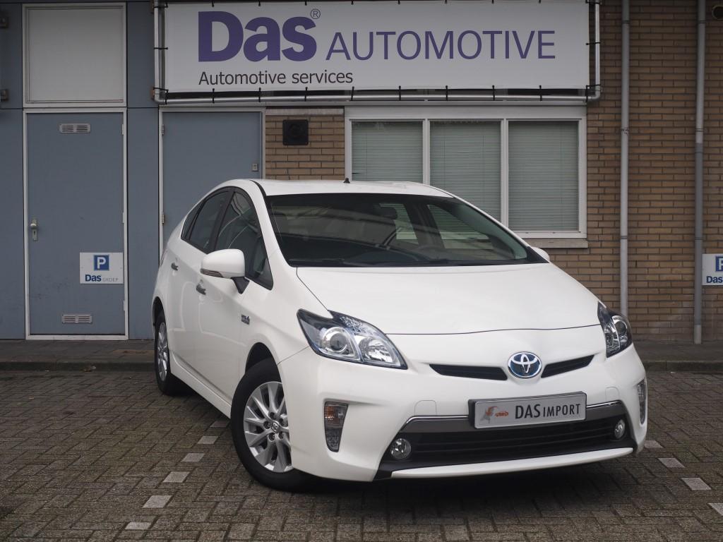 Importauto: Toyota Prius 1.8 Plug-in Asp. 12/2014